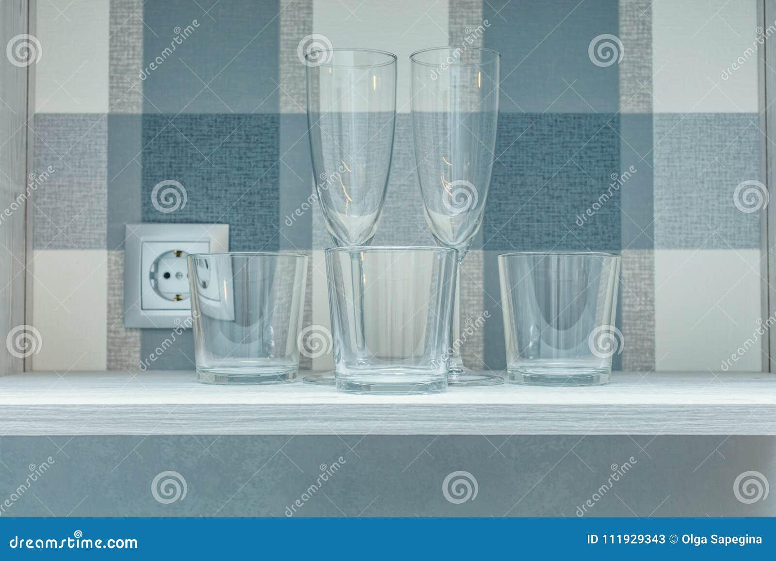 透明干净的玻璃