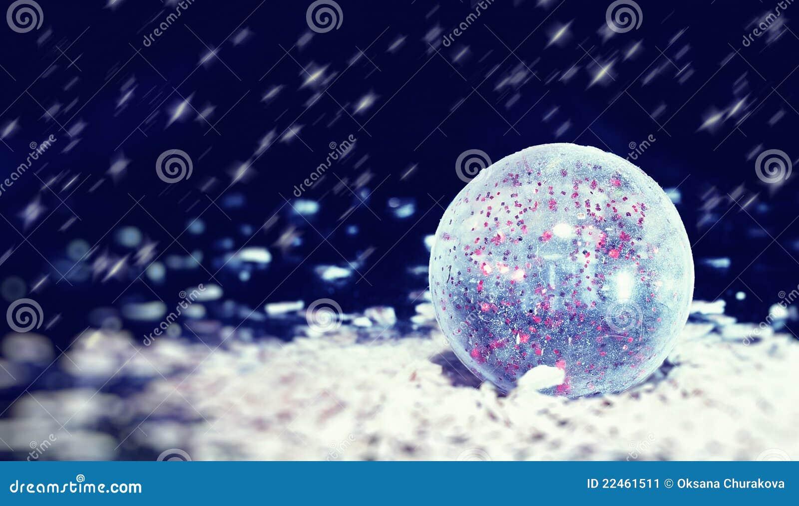 透明球的圣诞节