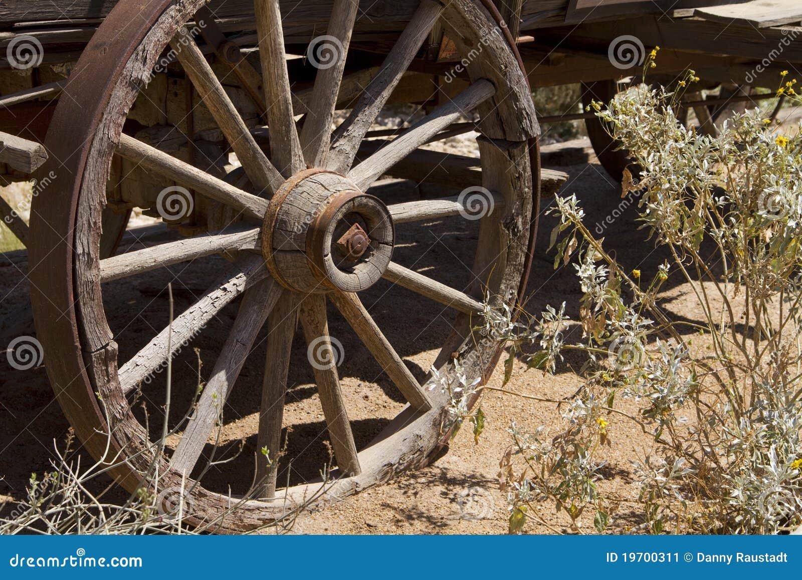 通配牛仔ho老无盖货车西方向西的轮子