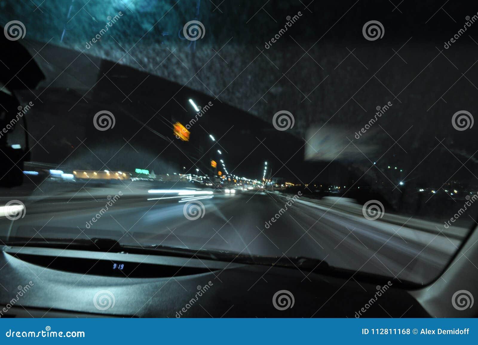 速度 晚上 路