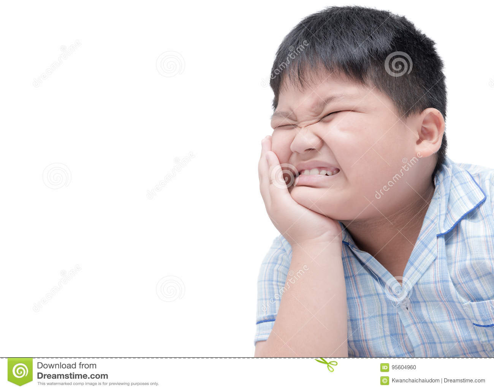 遭受牙痛 遭受牙痛的肥胖肥胖男孩
