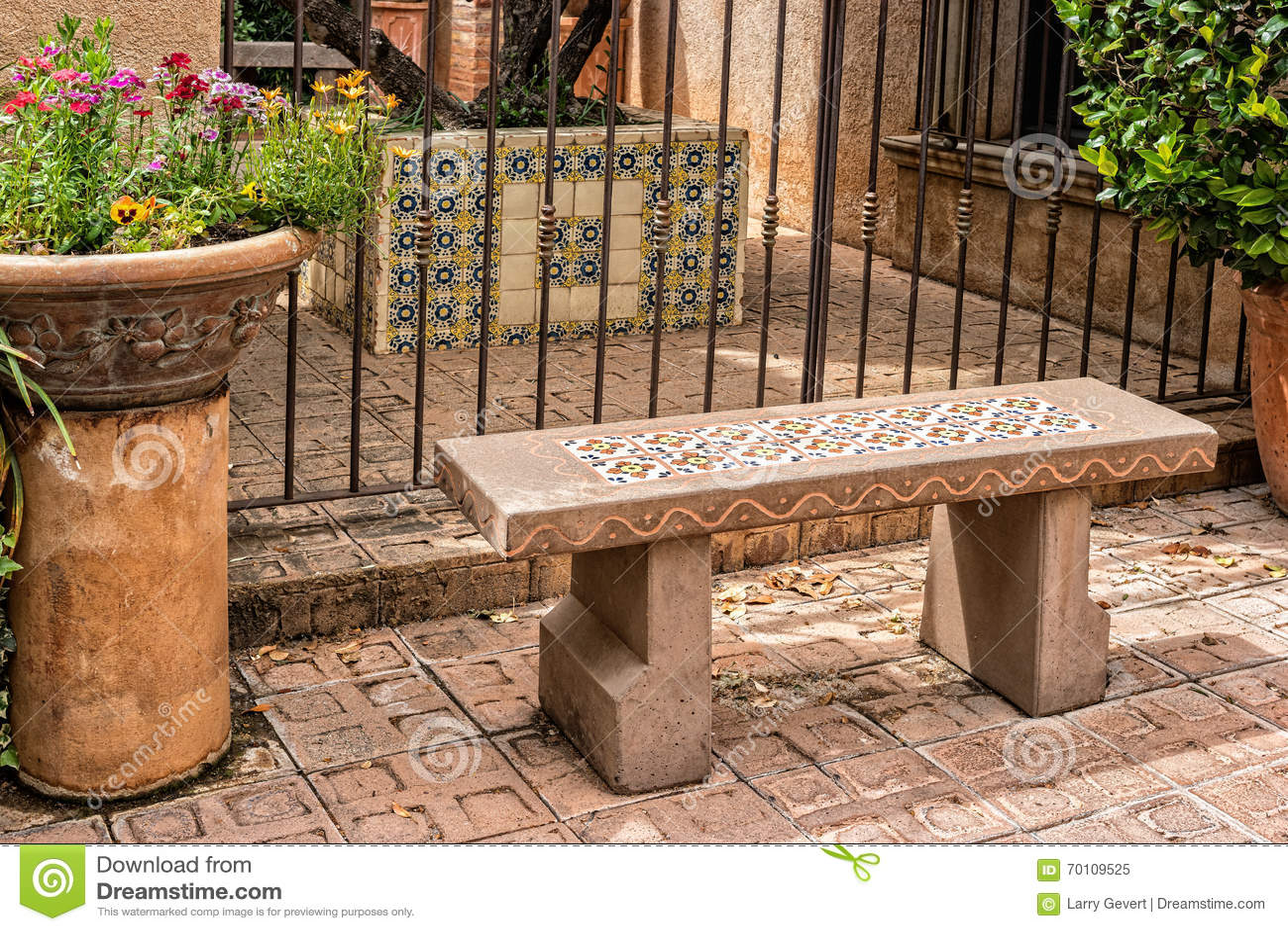 邀请的长凳, Tlaquepaque在Sedona,亚利桑那