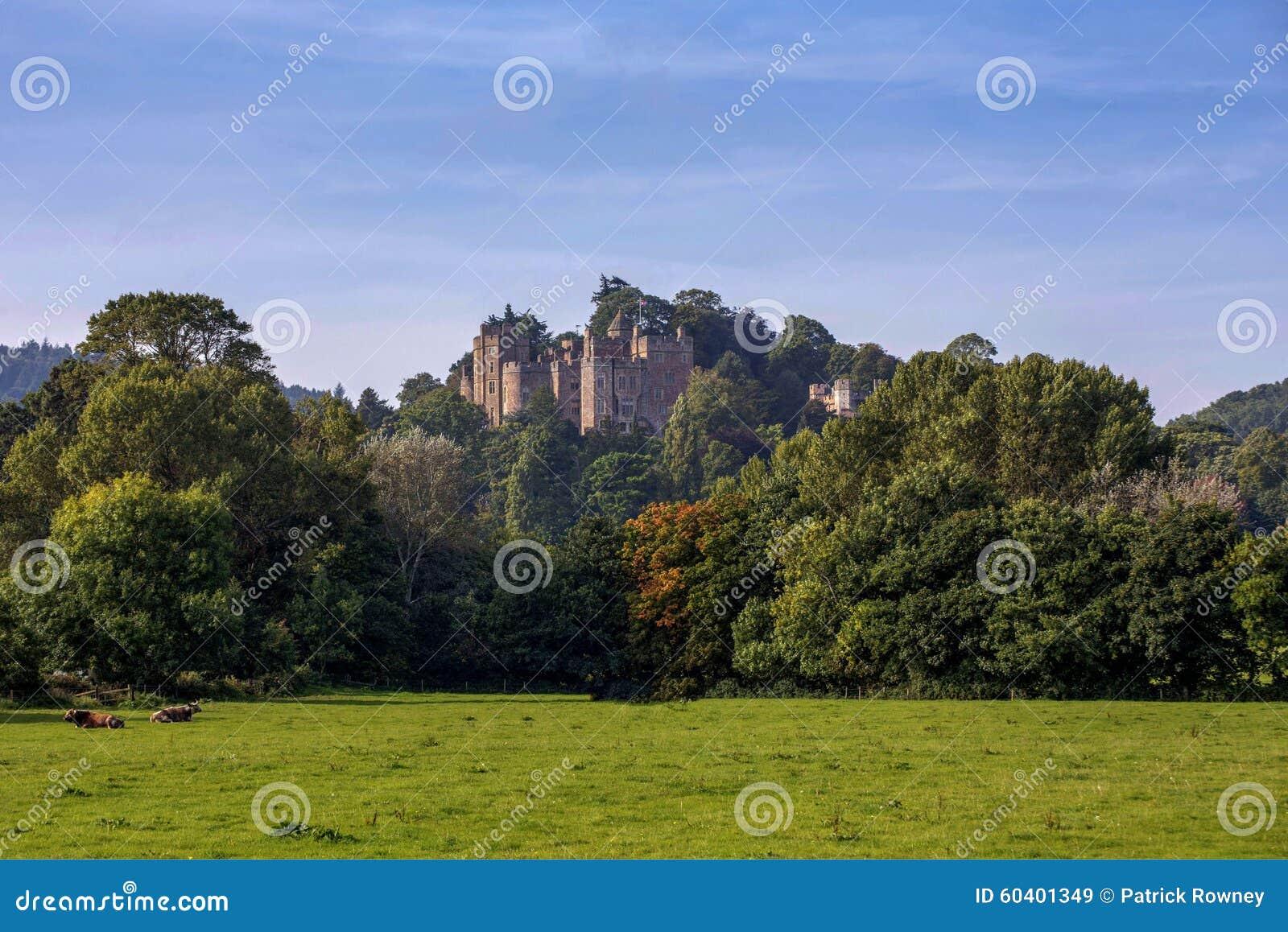 邓斯特城堡在萨默塞特英国