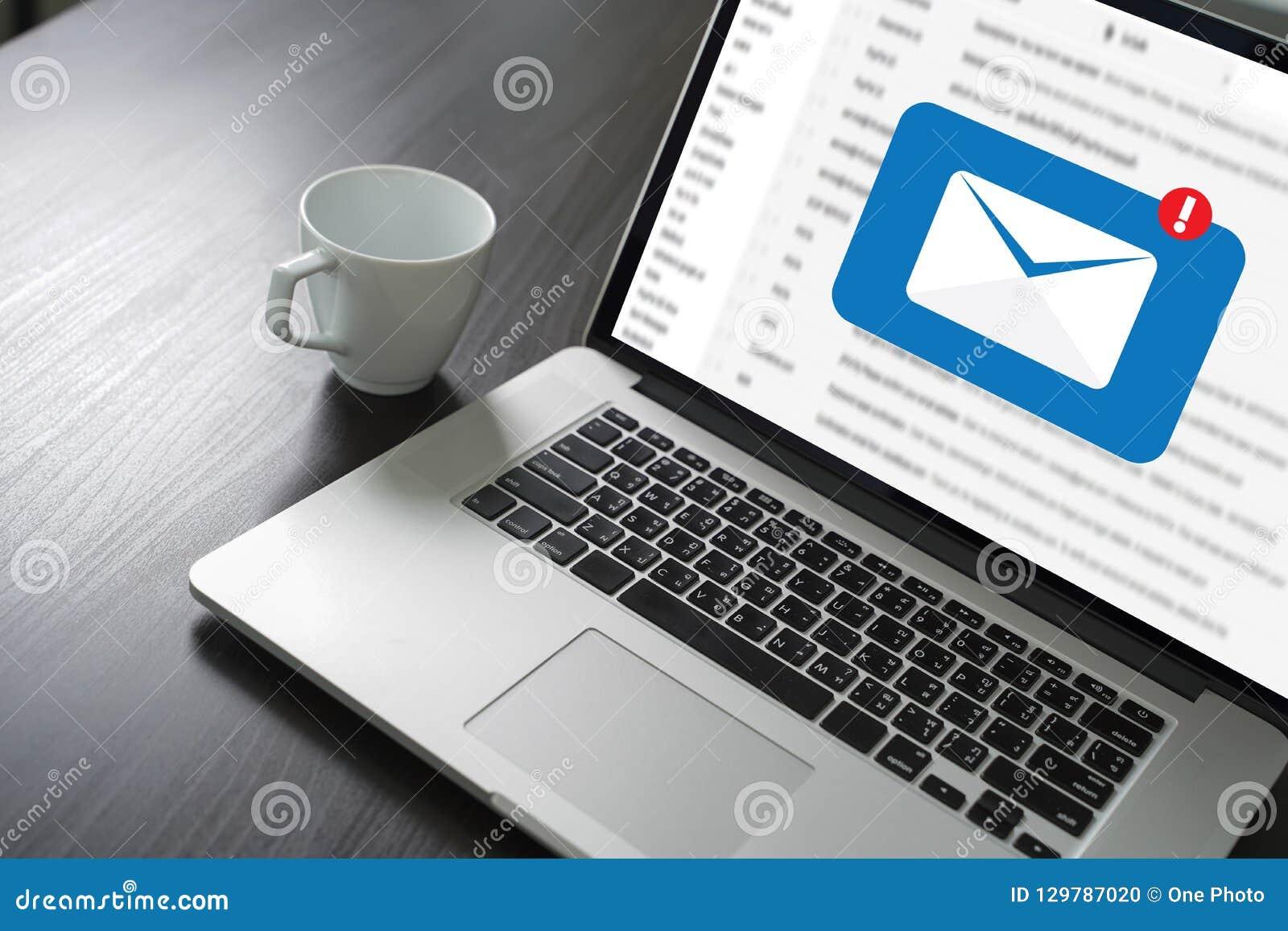 邮件通信对邮寄的连接消息与电话联系