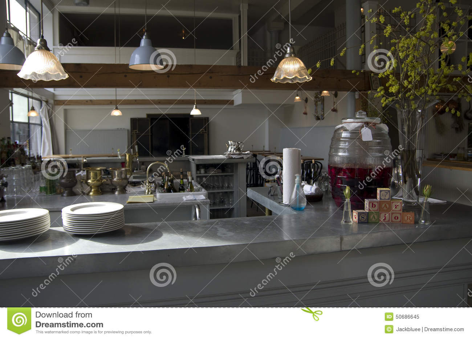Download 酒吧餐馆柜台 库存图片. 图片 包括有 烤肉, 室内, 酒精, ,并且, 西雅图, 饮料, 餐馆, bothy - 50686645