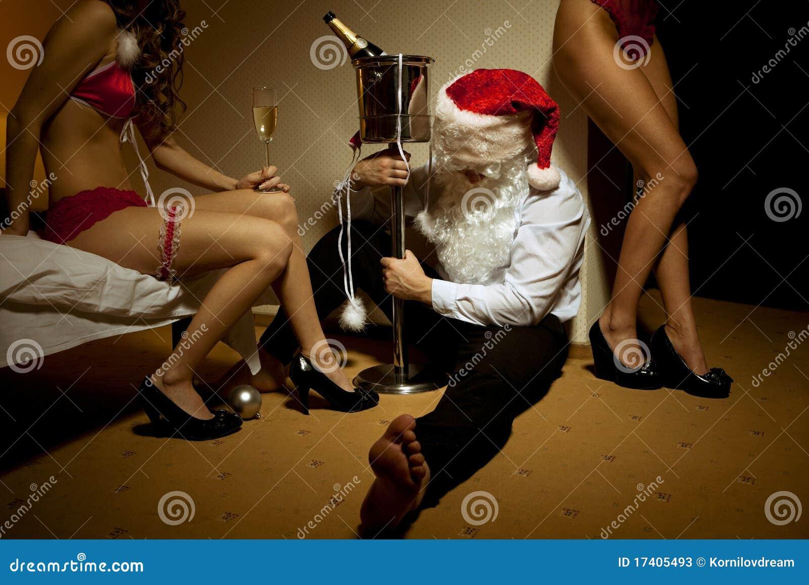 醉了的克劳斯通过了圣诞老人