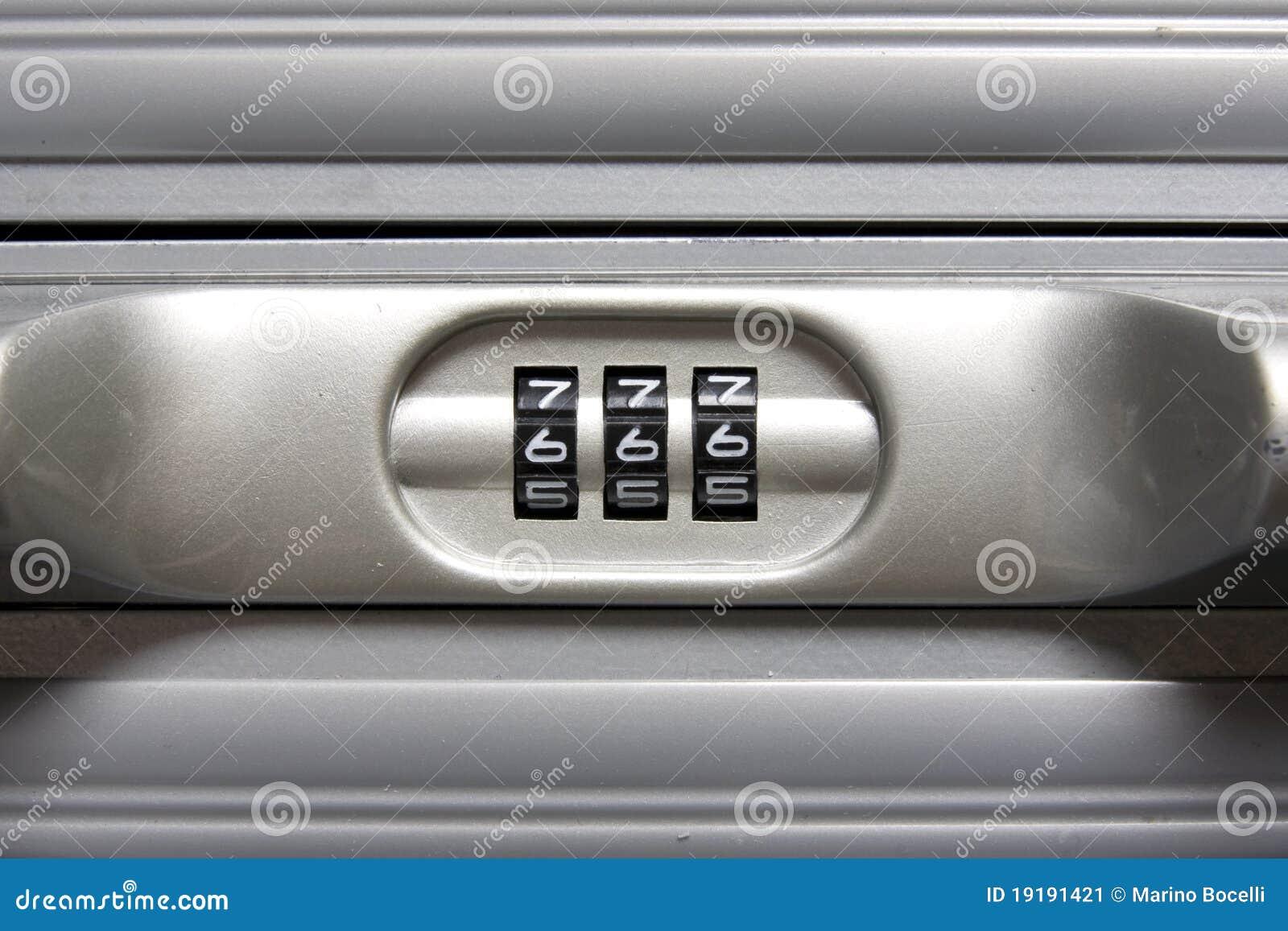 野兽号码锁编号
