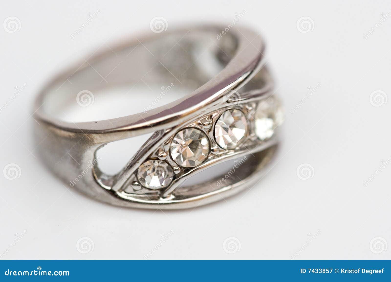 金刚石珠宝环形