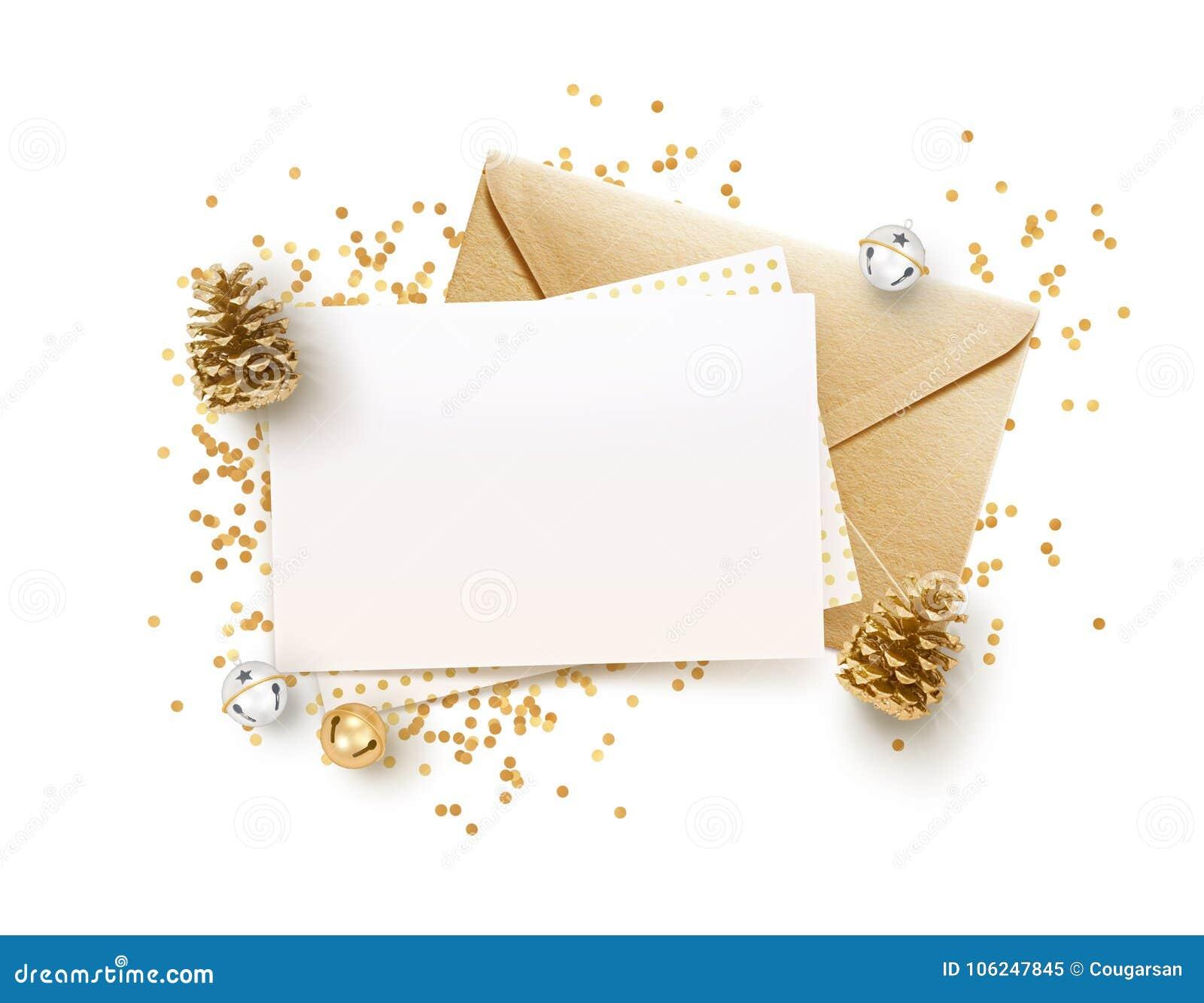 金黄信封和空白的备忘录纸嘲笑设计模板