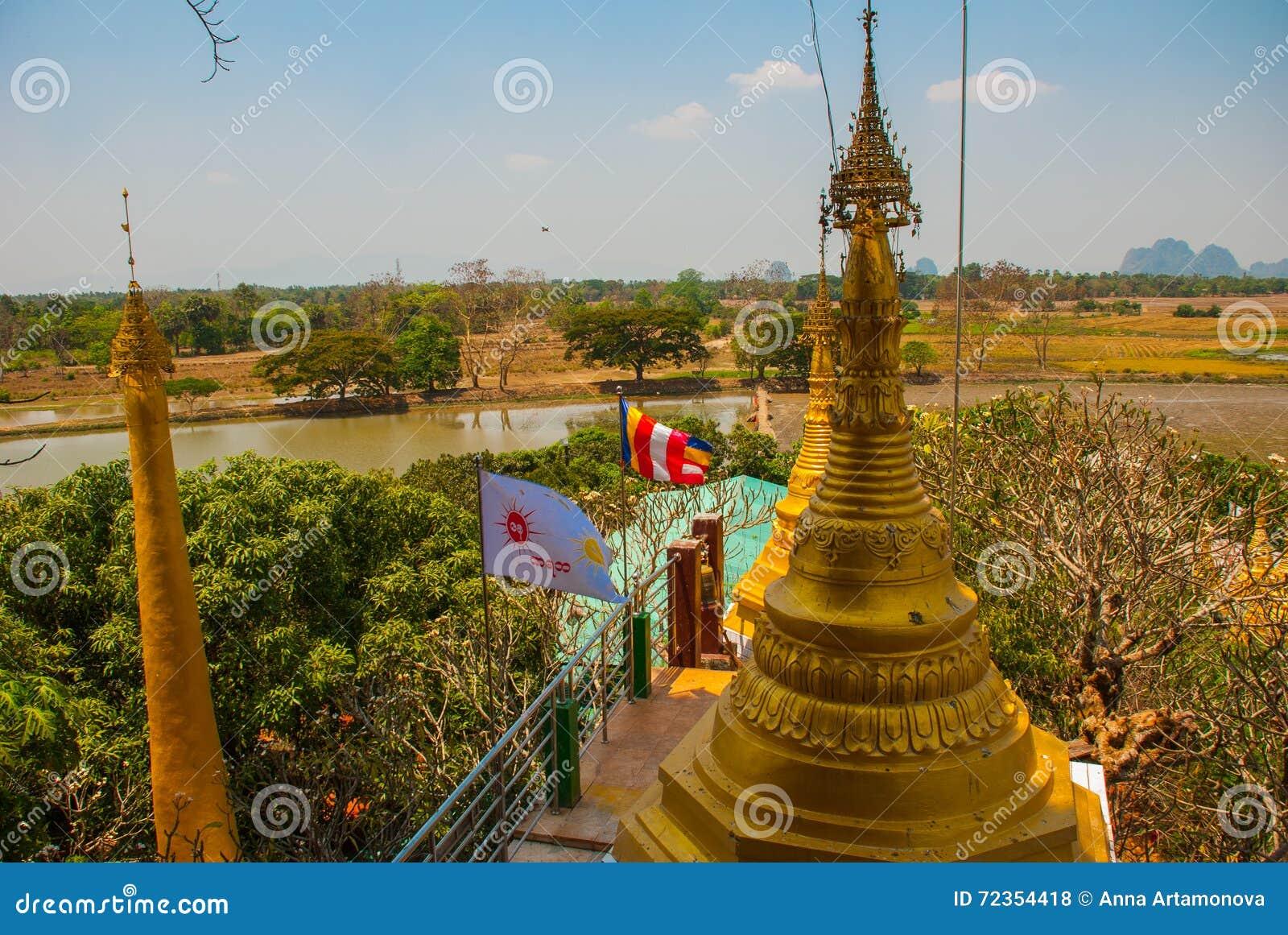 金黄stupa 地方的美好的风景顶视图在城市毛淡棉, Hha-an附近的 缅甸 缅甸