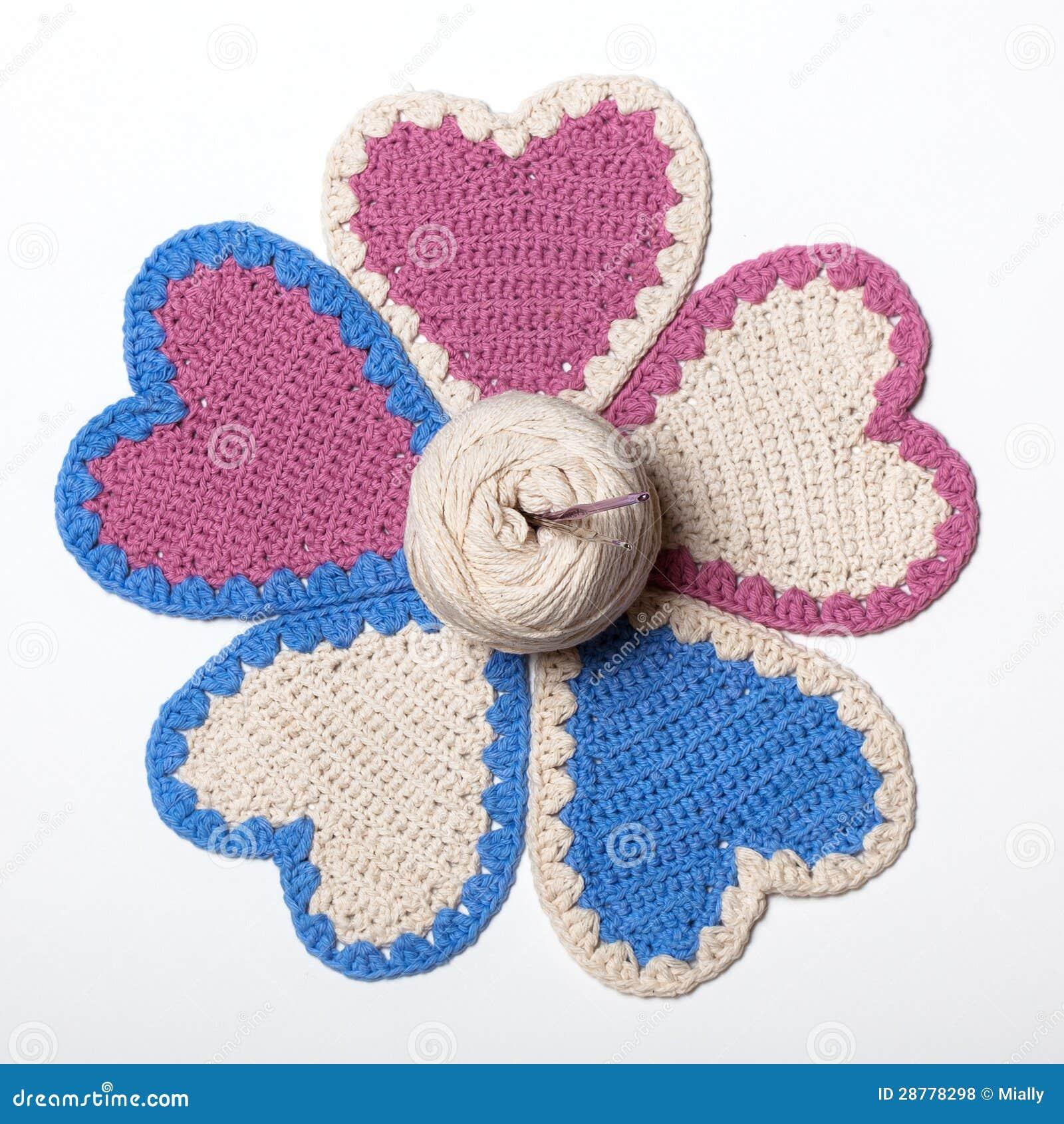 钩针编织被编织的重点花