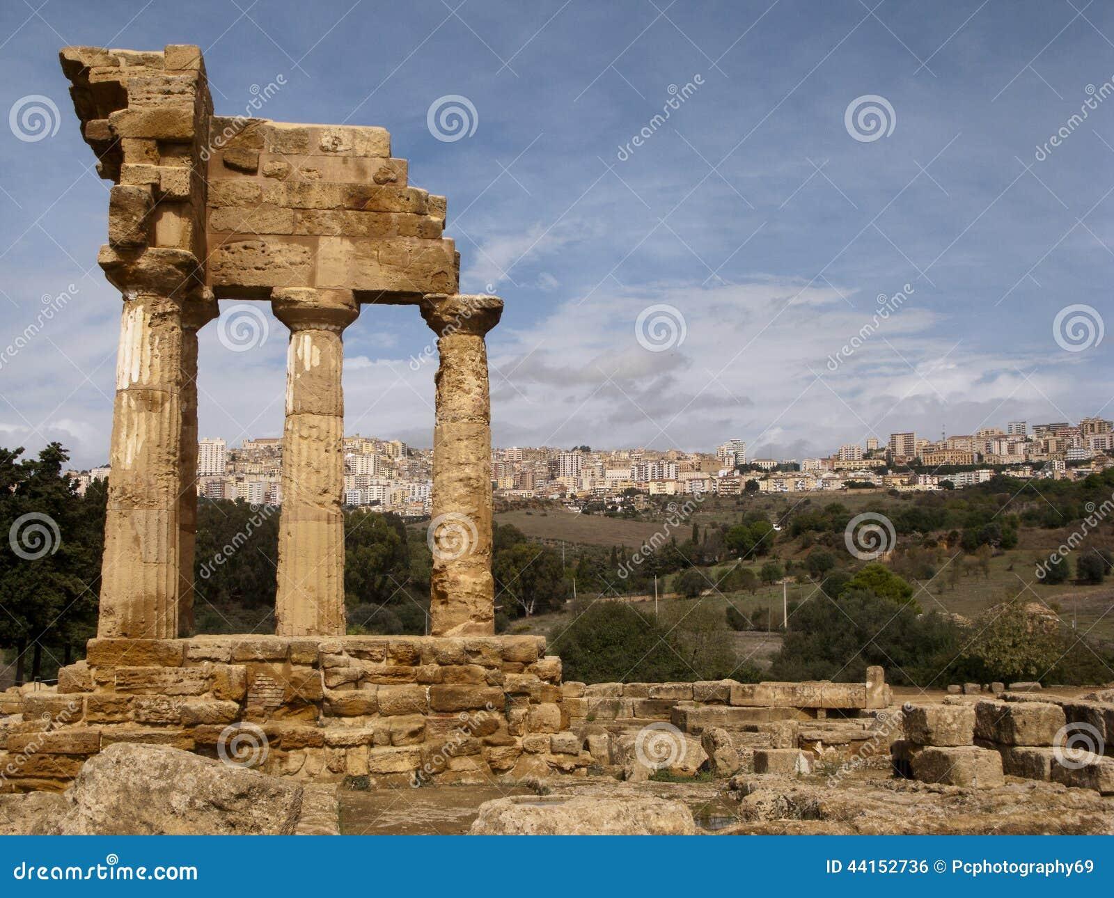 铸工和北河三,阿哥里根托,西西里岛,意大利希腊寺庙