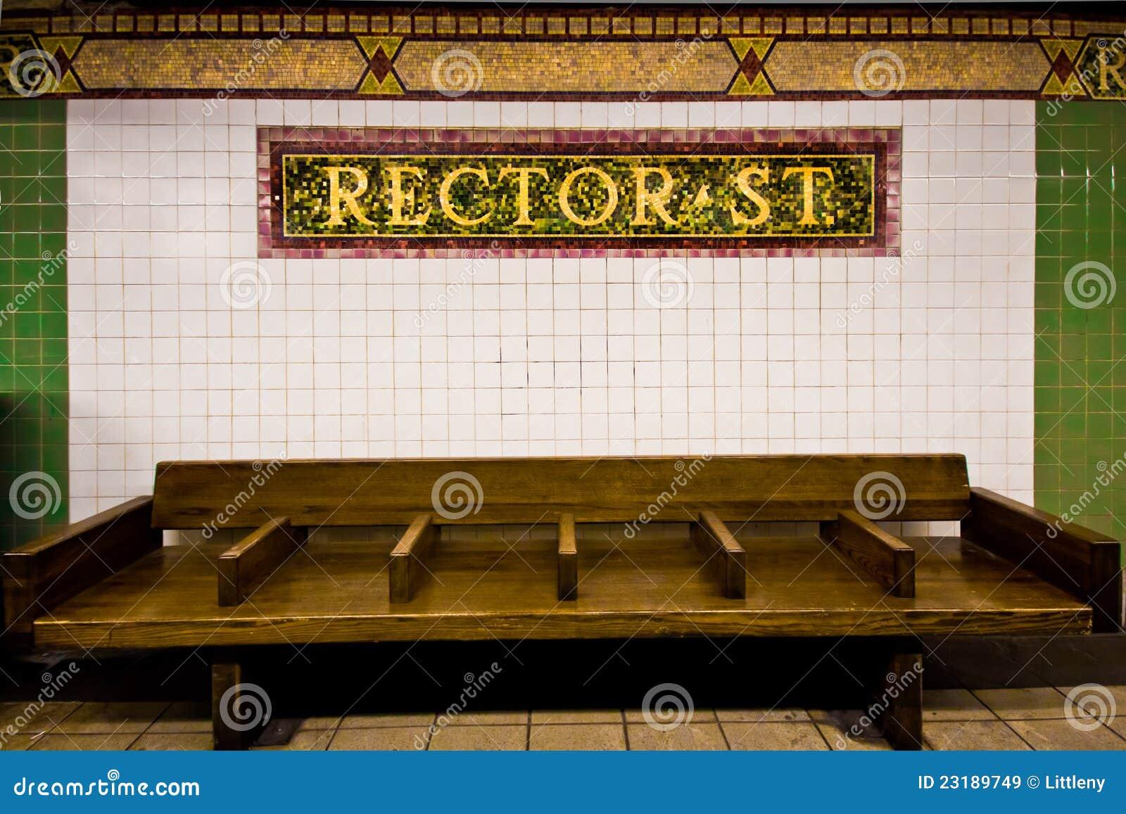 长凳nyc岗位地铁