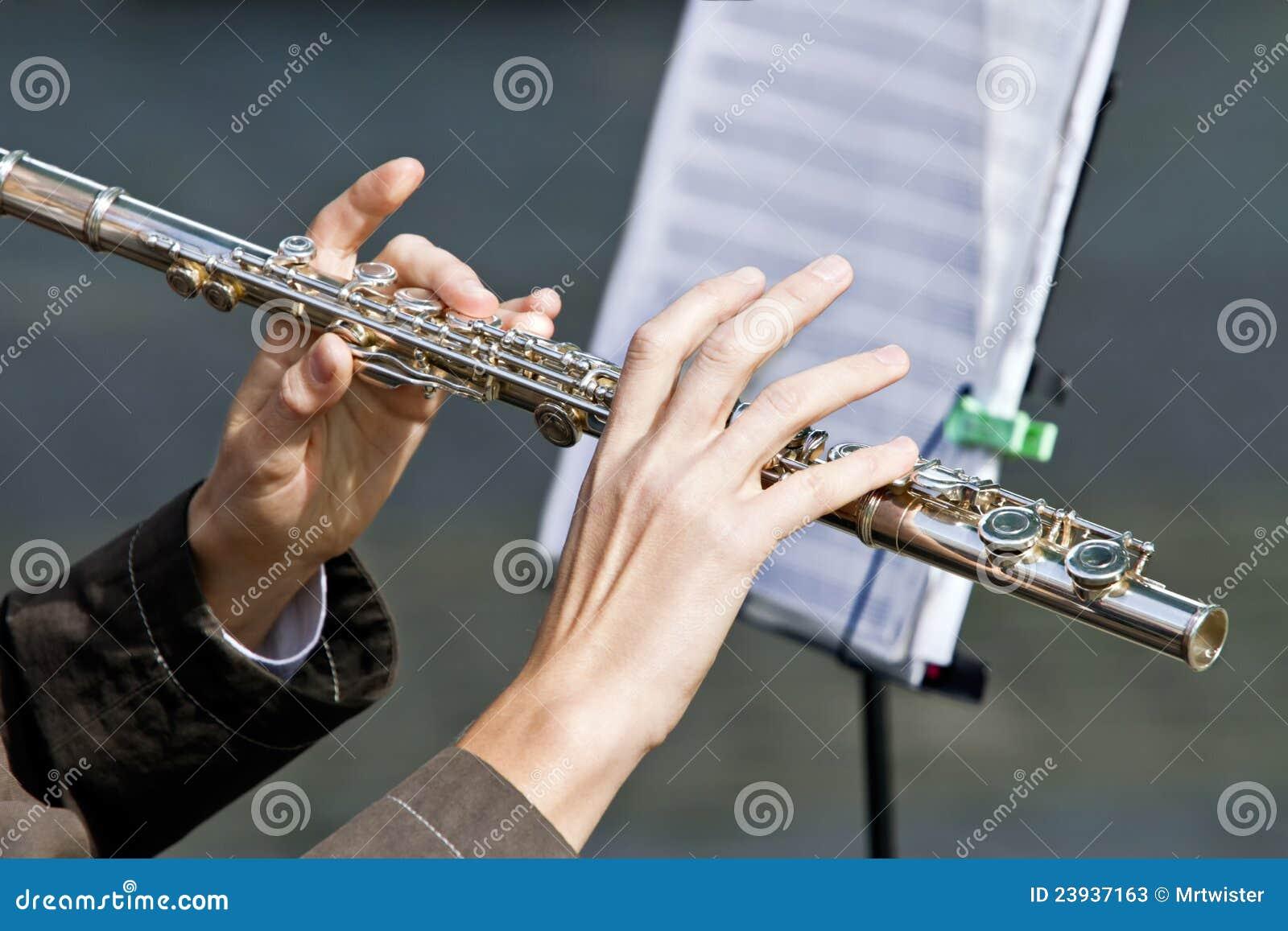 长笛演奏家