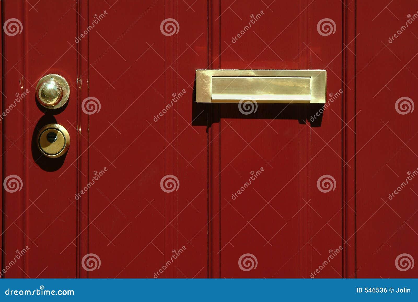Download 门红色 库存照片. 图片 包括有 敲门人, 绯红色, 古典, 伯根地酒, 拱道, 绘画, 关键字, 金子, 入口 - 546536