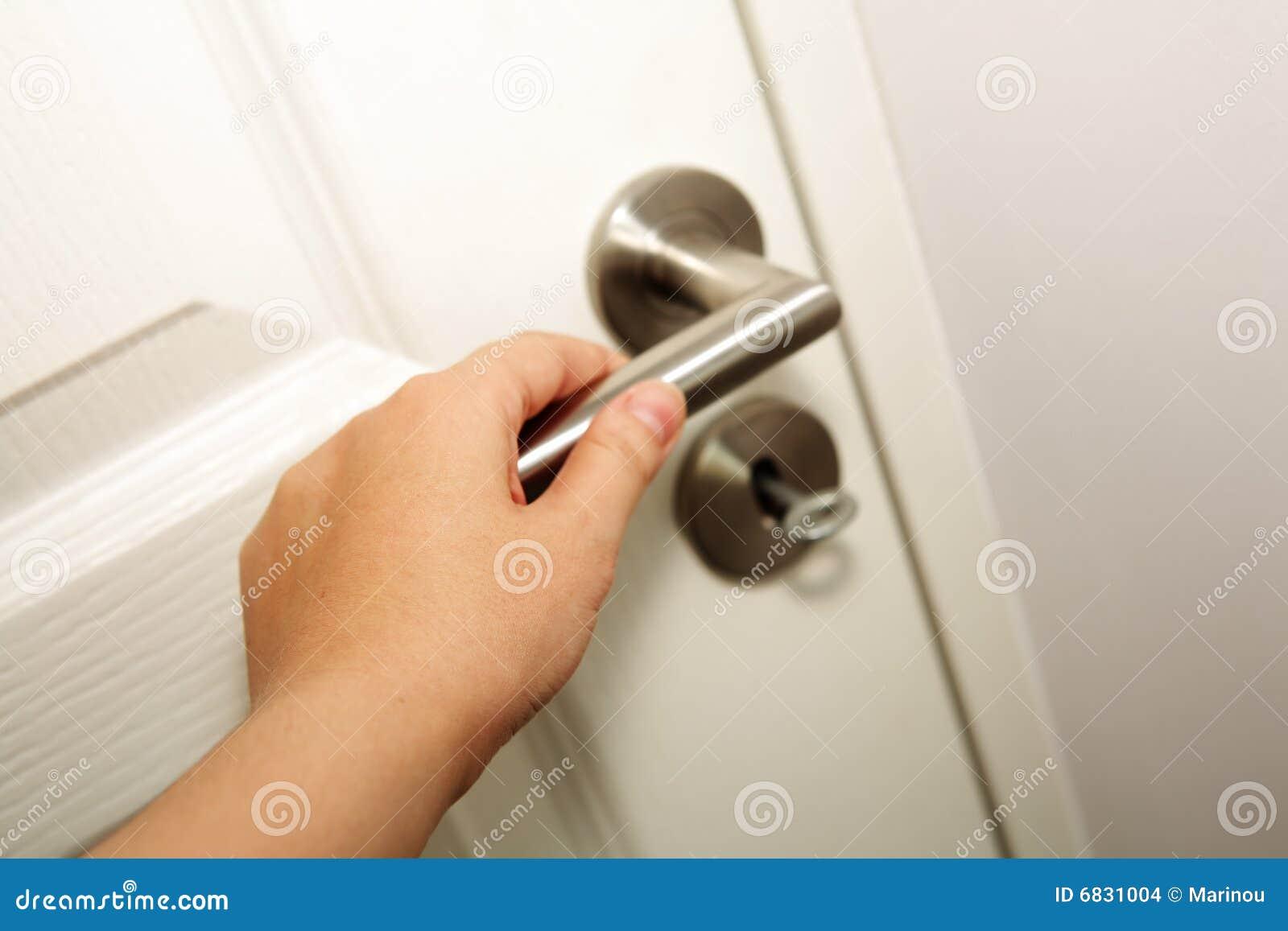 闭合值的门