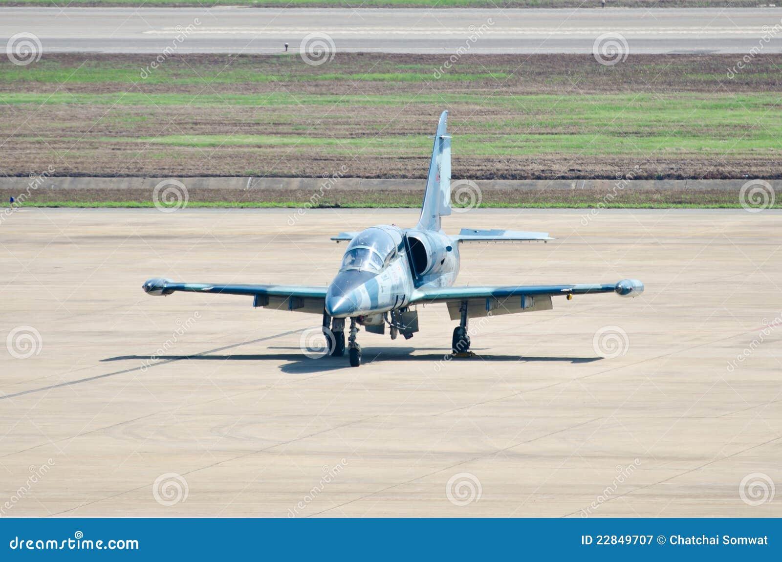 阿尔法喷气机