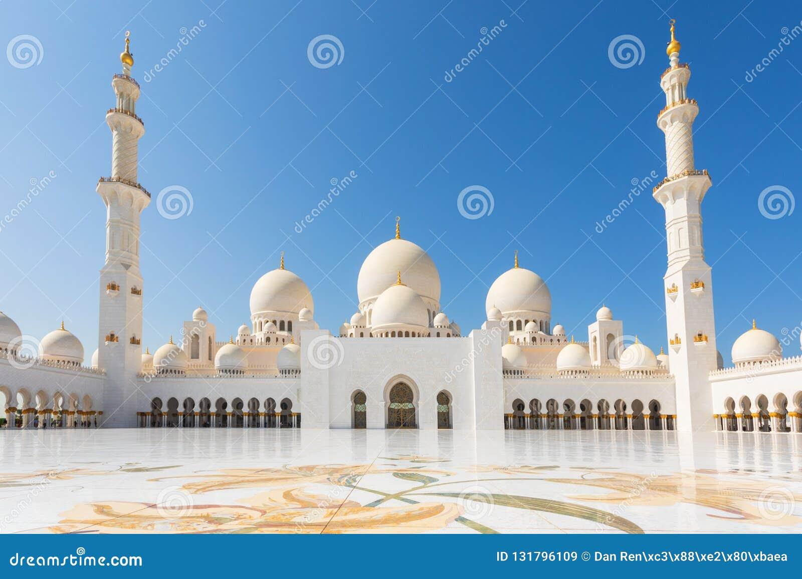 阿布扎比,阿联酋回教族长扎耶德Mosque - 美丽的白色盛大清真寺庭院