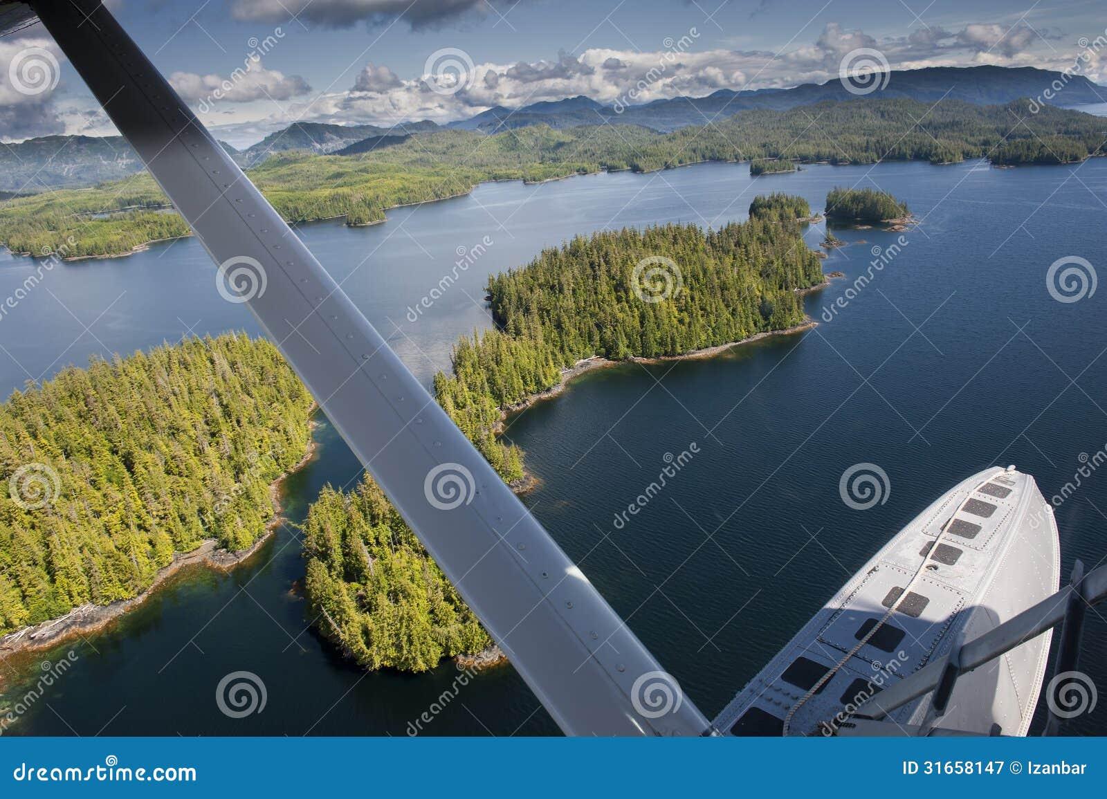 阿拉斯加威尔士亲王海岛鸟瞰图
