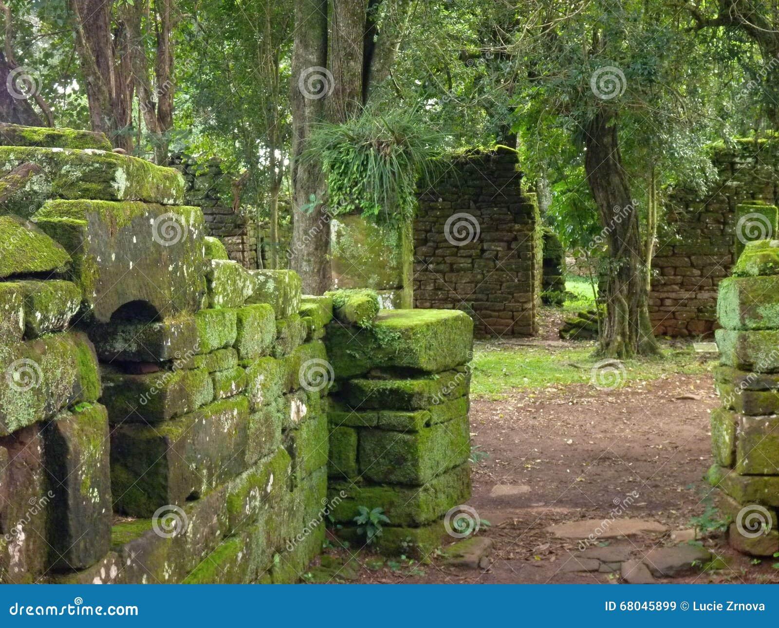 阴险的人使命圣伊廖齐废墟微型在misiones在阿根廷