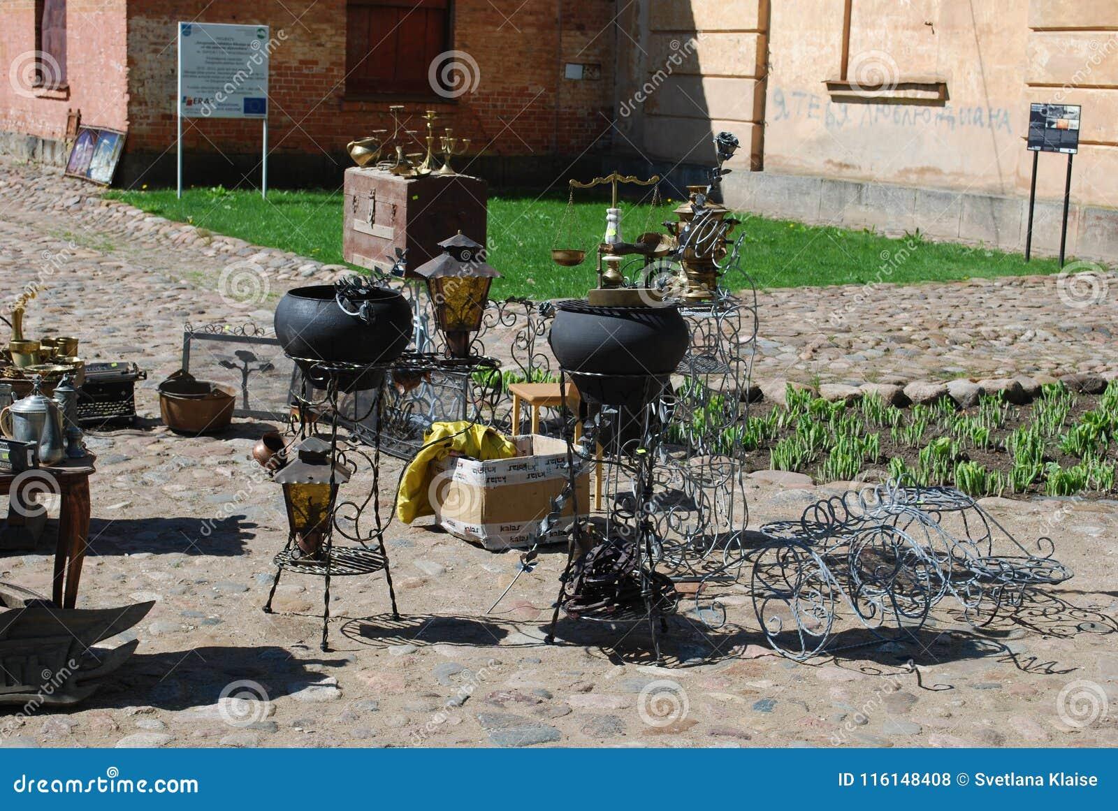 """陶格夫匹尔斯/拉脱维亚†""""2018年5月5日:跳蚤市场是在度假在陶格夫匹尔斯堡垒"""