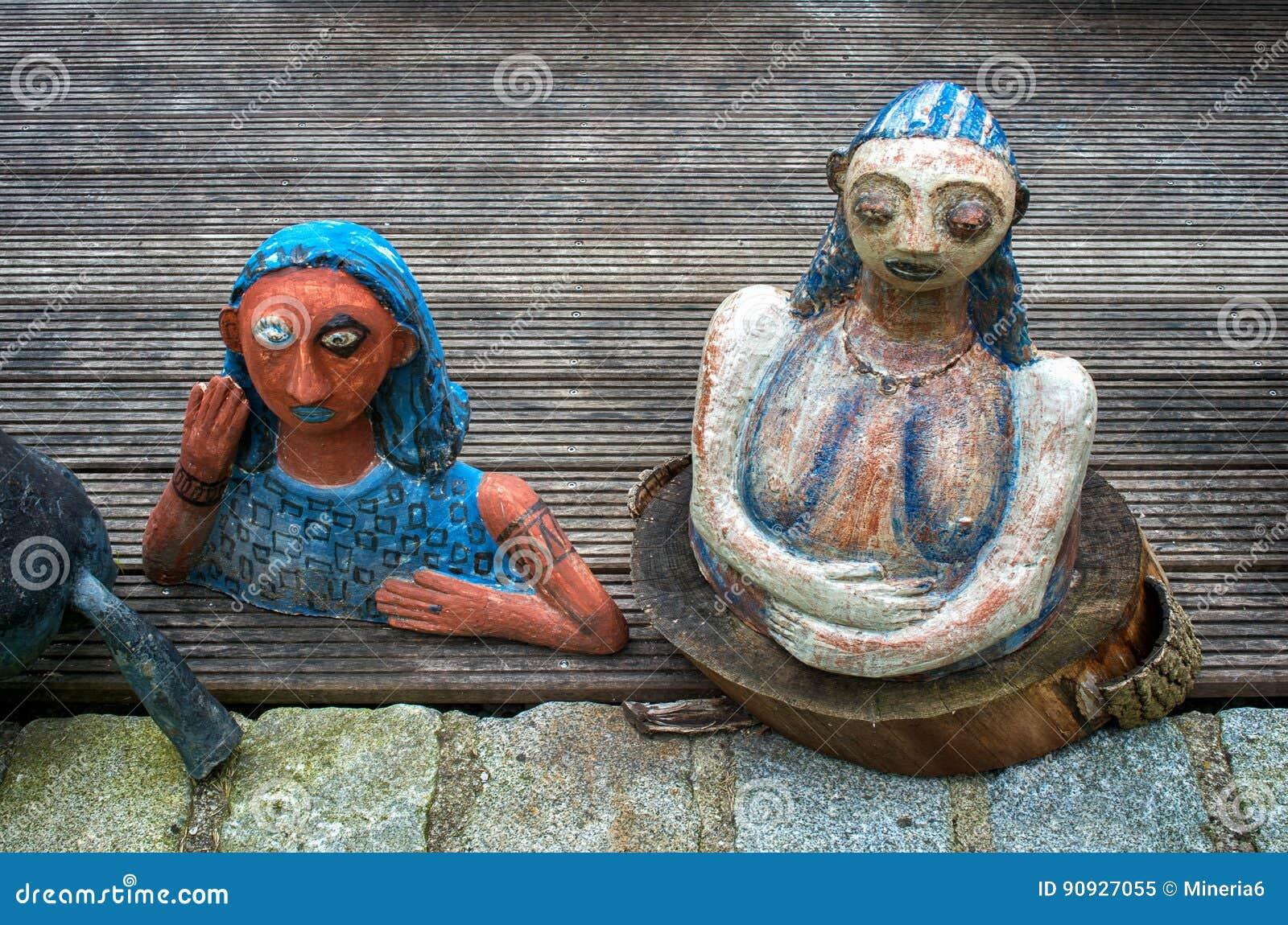 陶瓷玩偶和瓦器