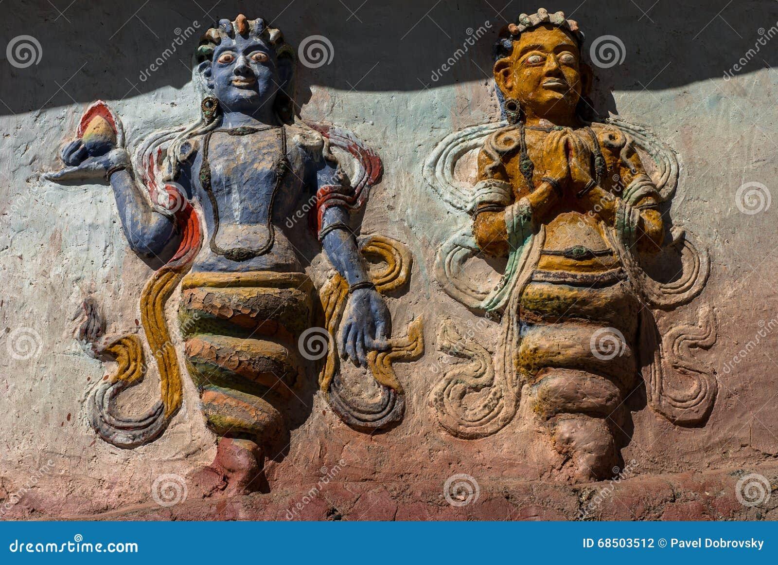 雕刻(纳卡人)在Thiksay修道院里
