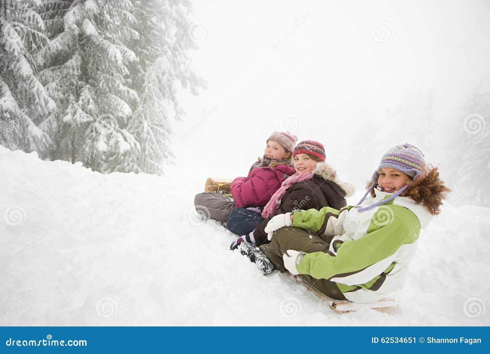 雪橇的孩子