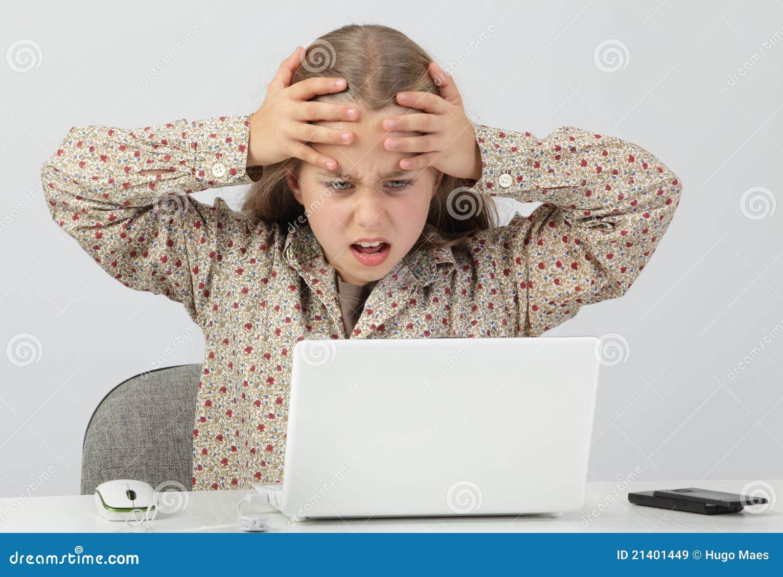 震惊的互联网孩子
