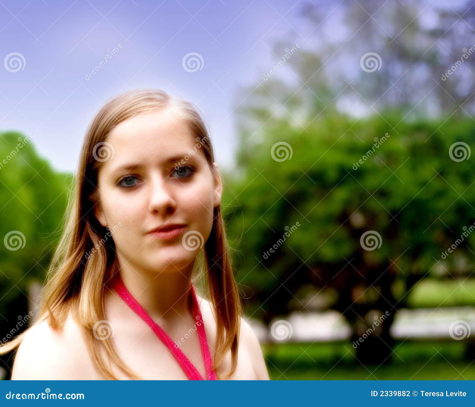 青少年的女孩