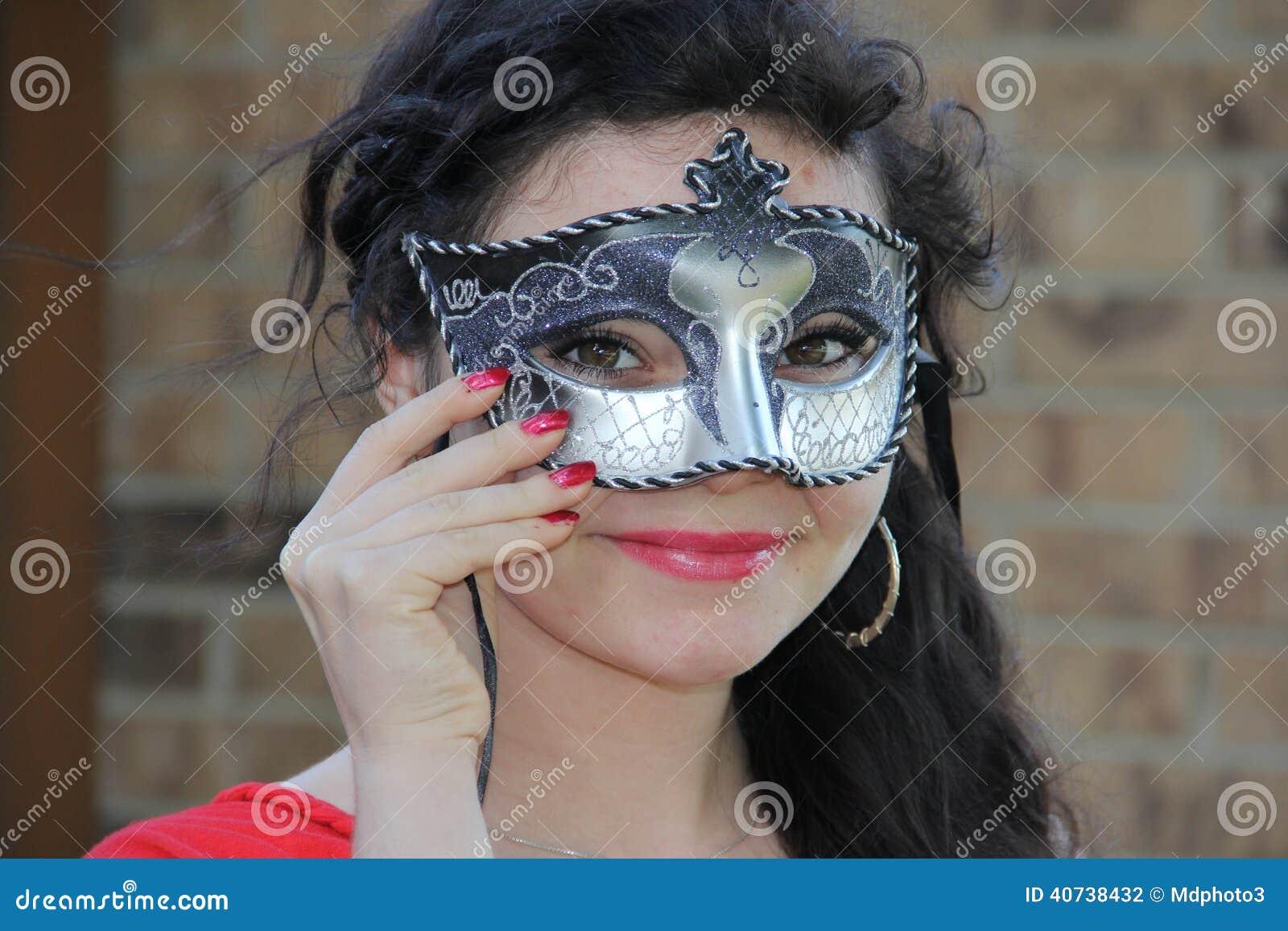 青少年的化妆舞会面具图片