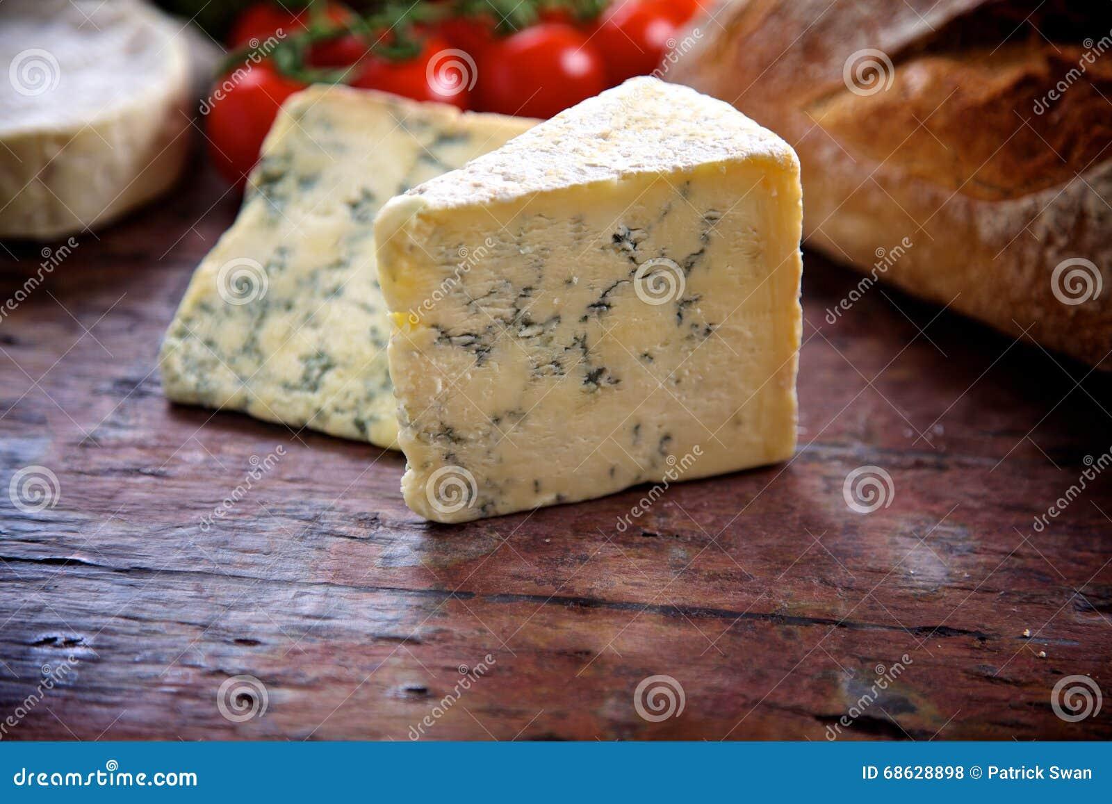 青纹干酪楔子