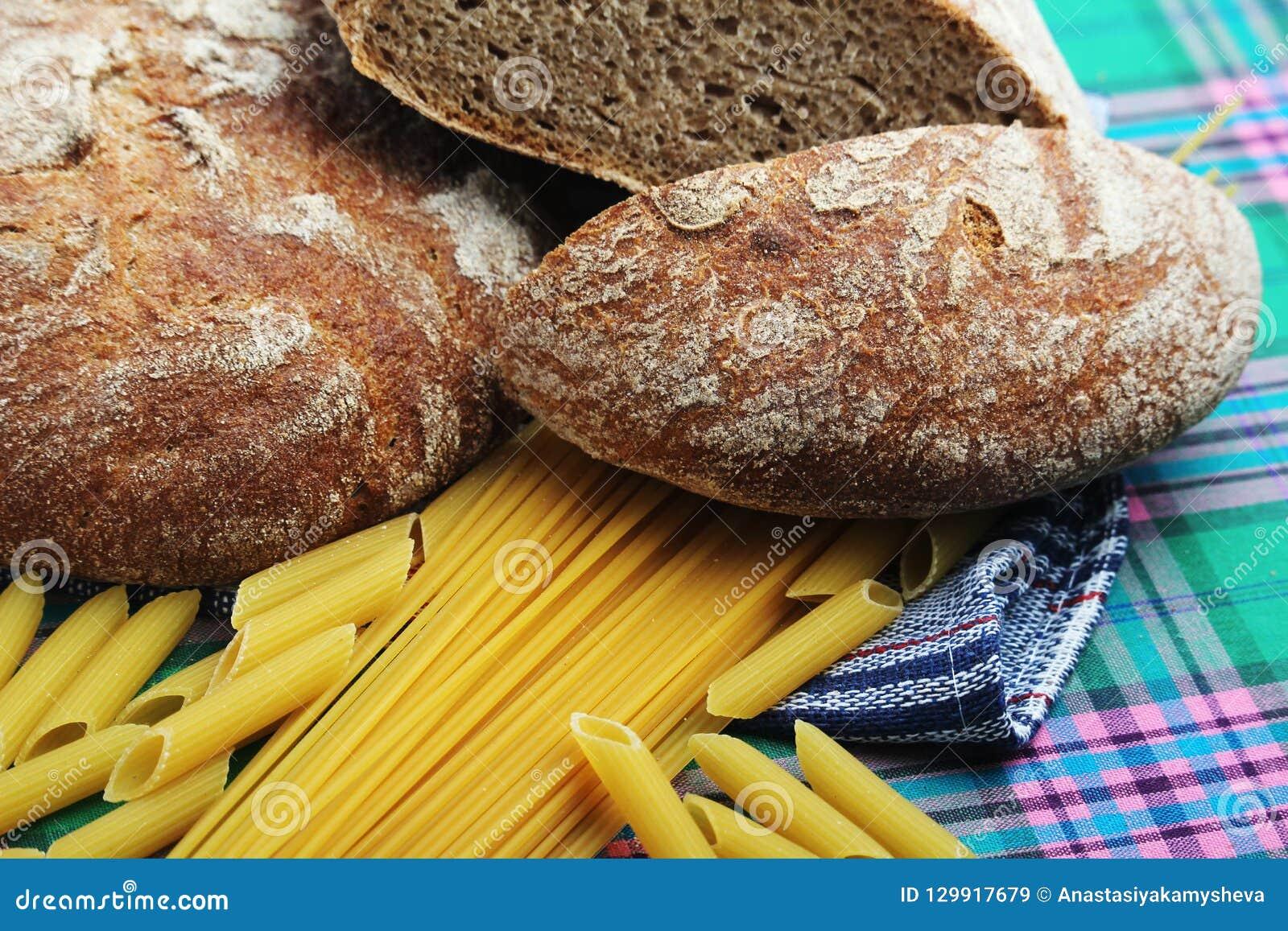 面包和面团与复杂碳水化合物
