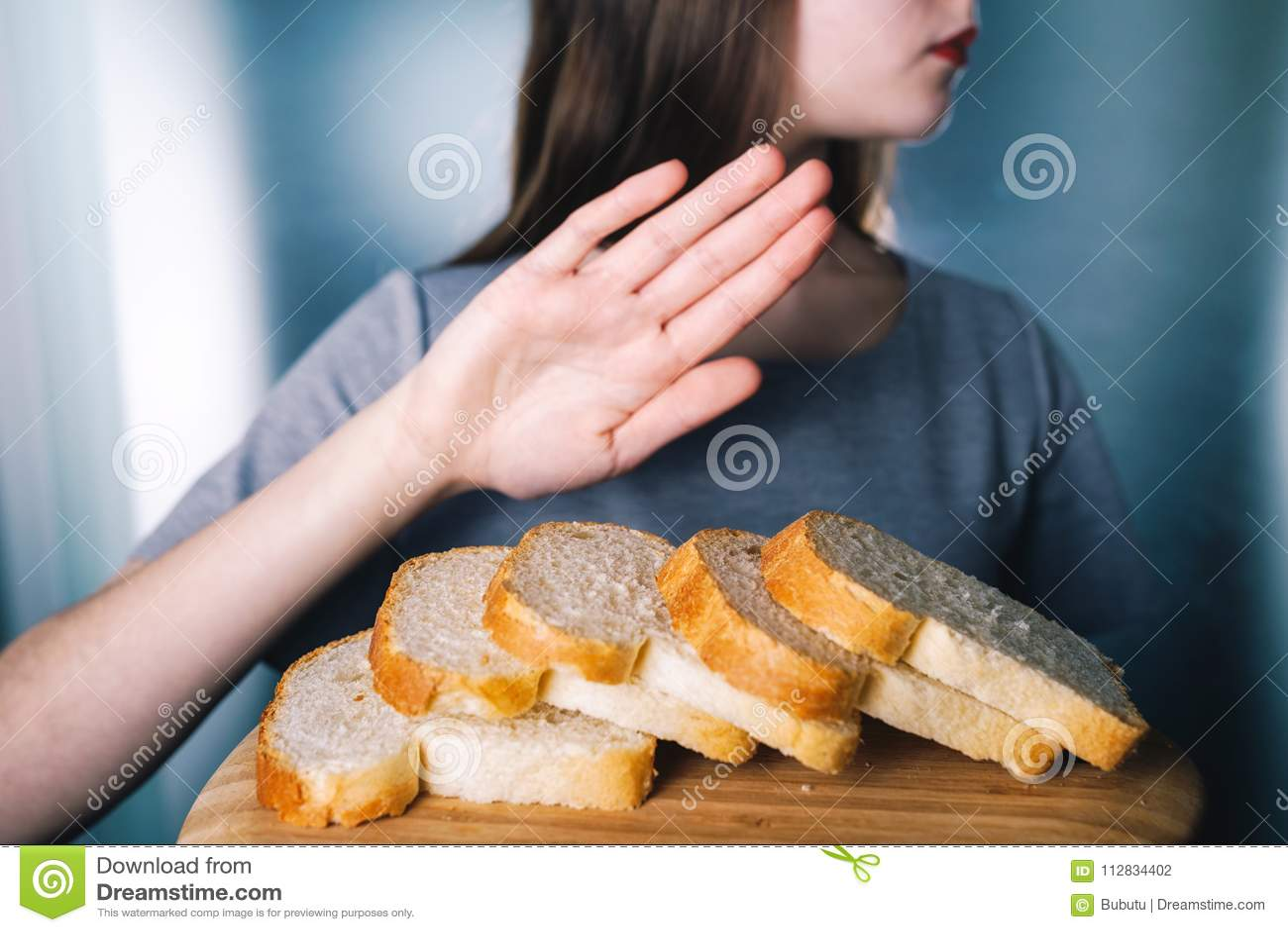 面筋不宽容概念 女孩拒绝吃白色brea