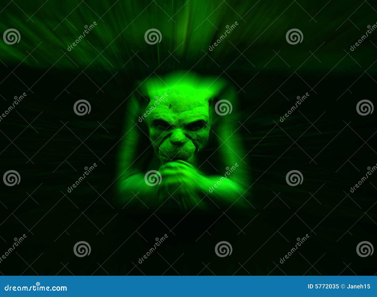 面貌古怪的人绿色