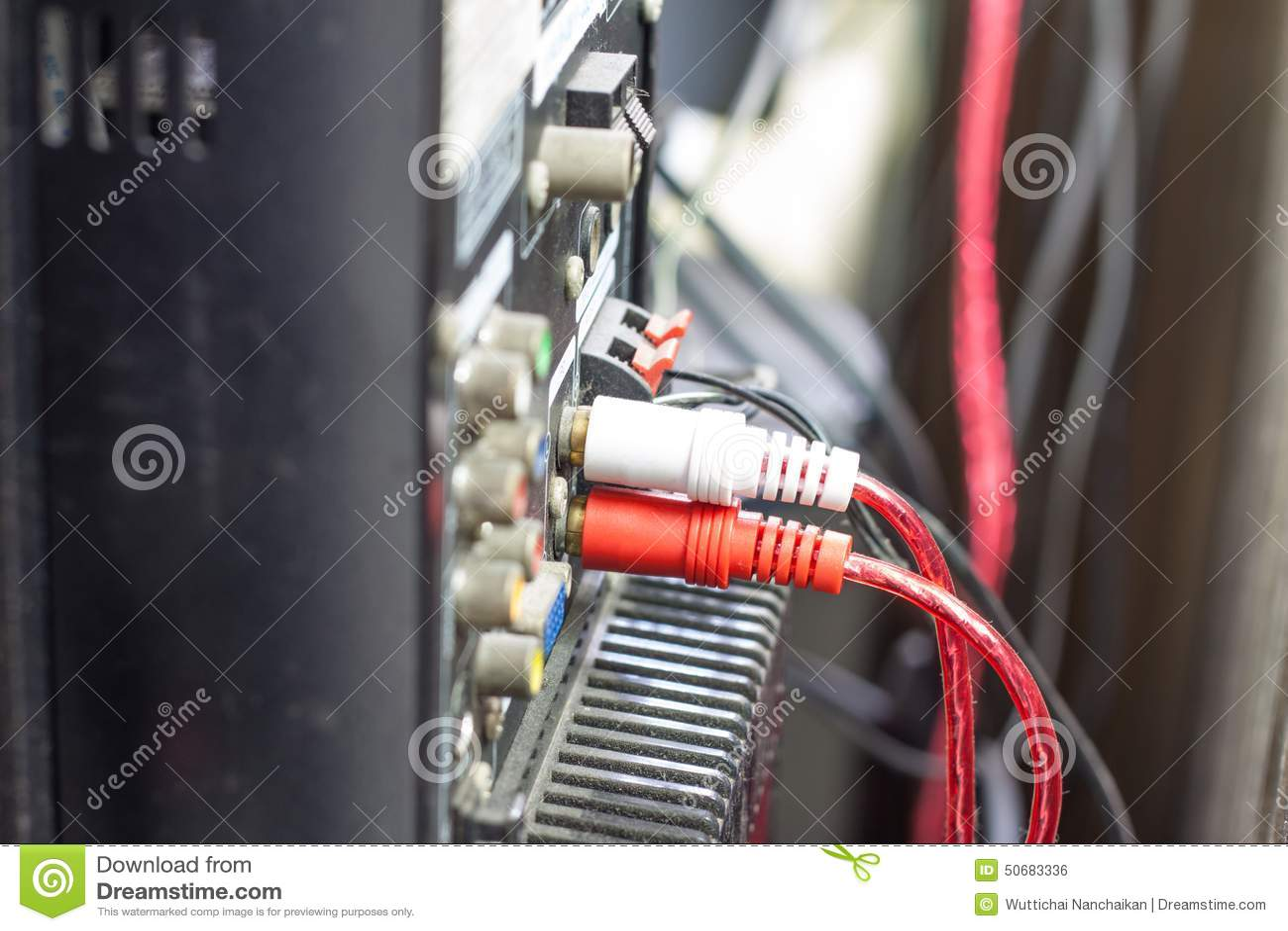 Download 音频球员的连接盘区 库存照片. 图片 包括有 backarrow, 连接数, 茄子, 立体声, 特写镜头 - 50683336