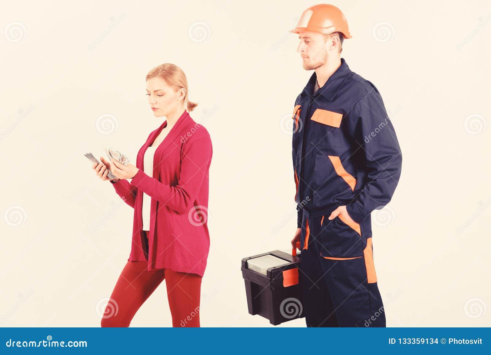 顾客欺骗安装工,建造者,技工 修理匠,建造者想要薪金