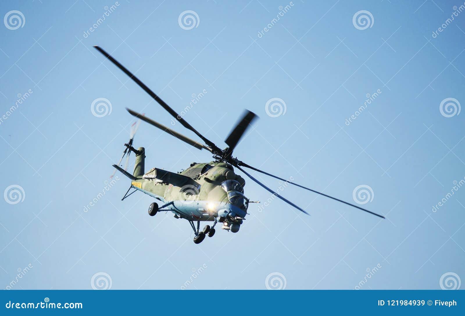 顿河畔罗斯托夫,俄罗斯- 2014年7月01日:俄国战斗直升机