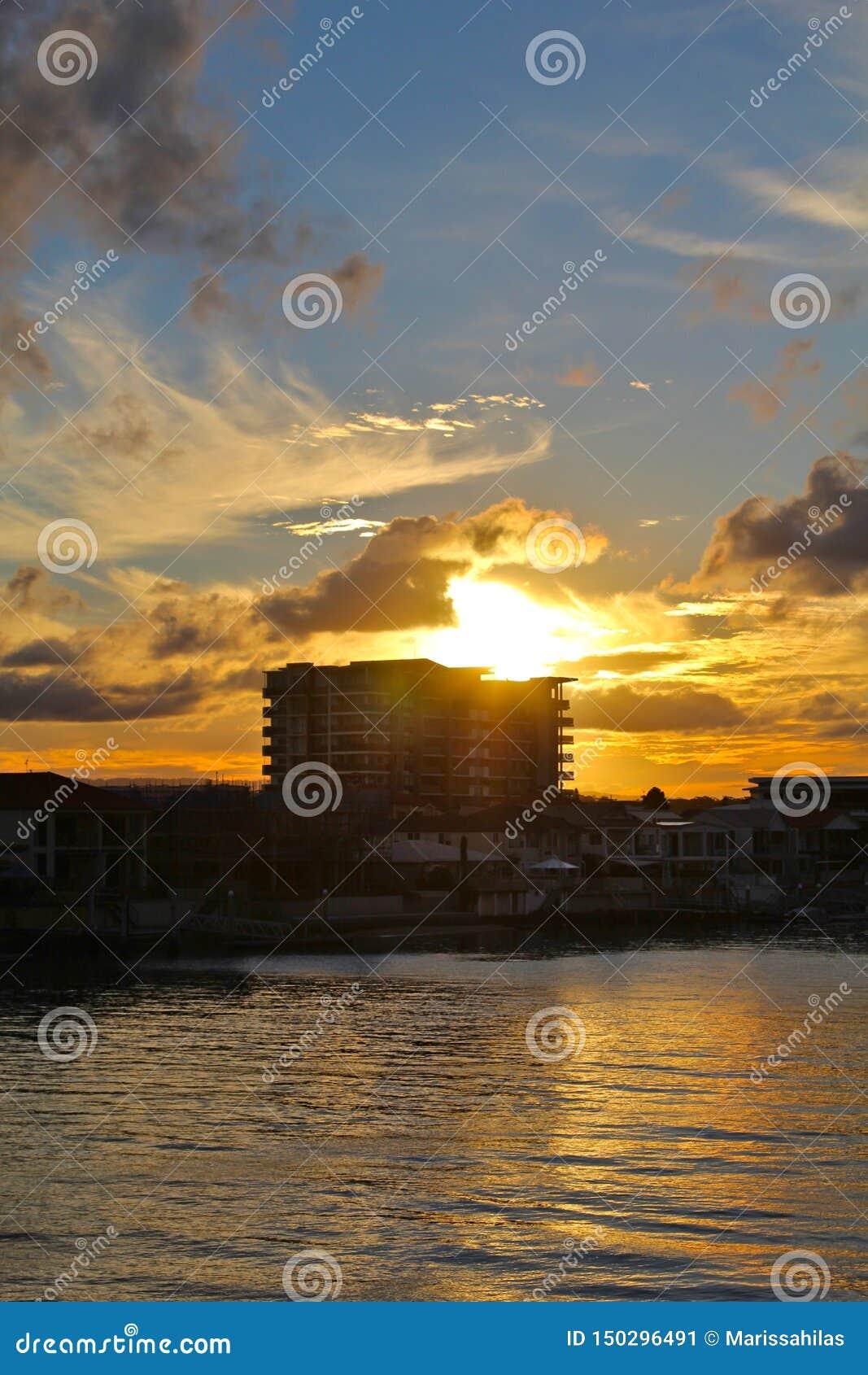 风景澳大利亚日落,冲浪者天堂