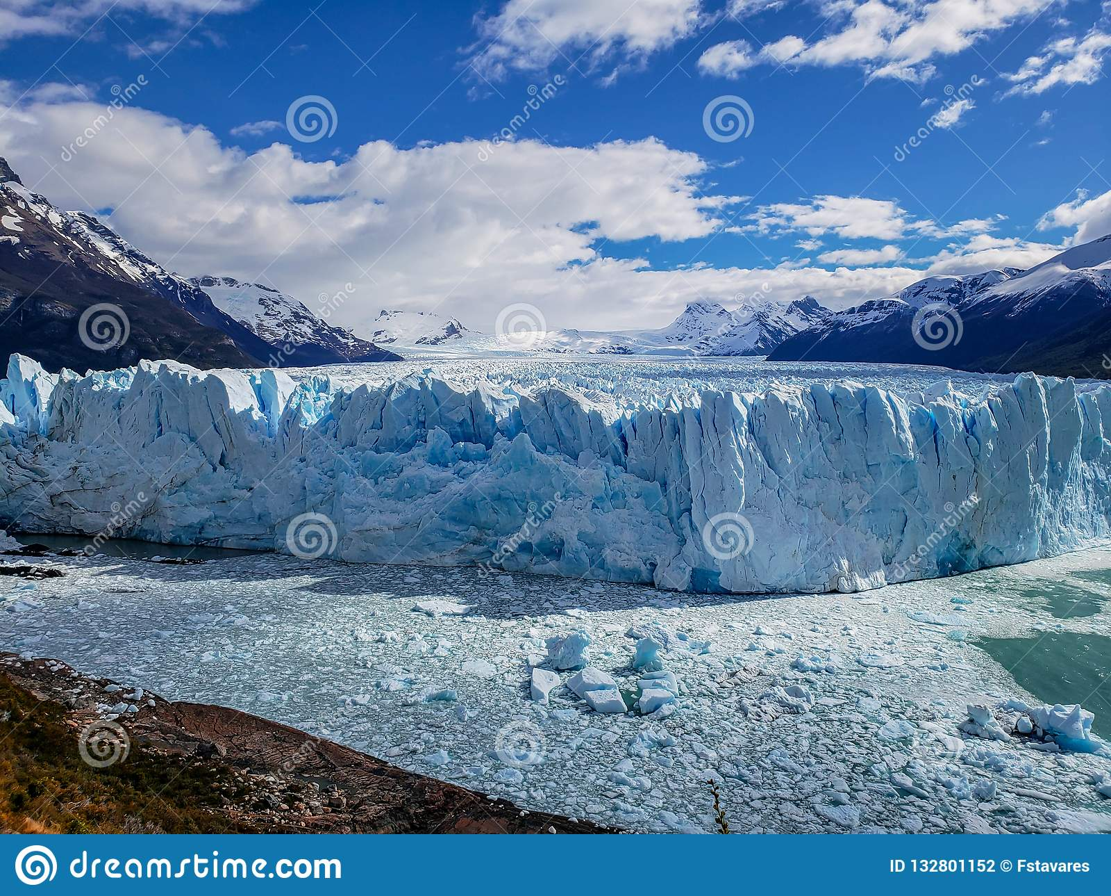风景观点的Glaciar佩里托莫雷诺,埃尔卡拉法特,阿根廷