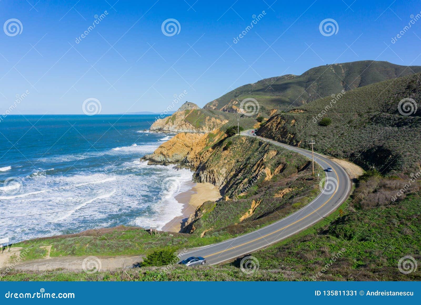 风景高速公路,恶魔的幻灯片,加利福尼亚鸟瞰图在太平洋海岸的