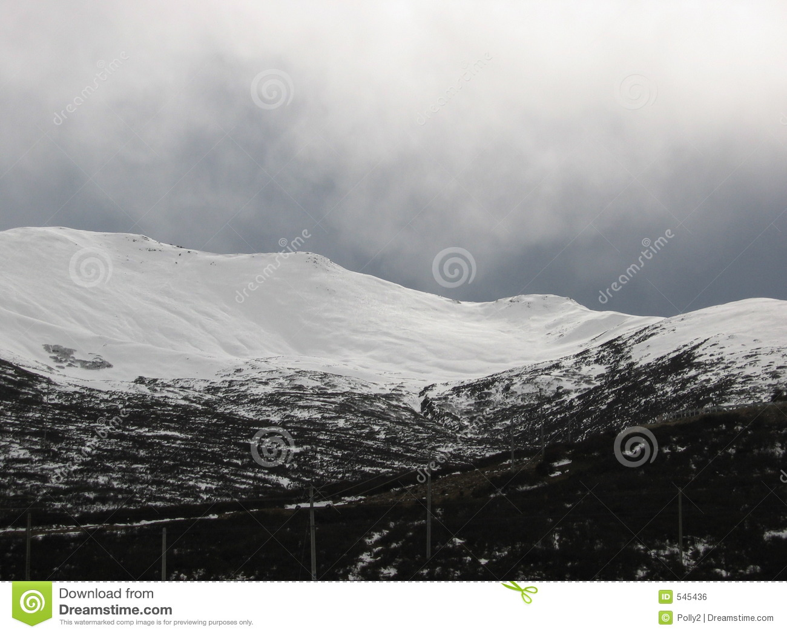 Download 风暴冬天 库存照片. 图片 包括有 云彩, 灰色, 冰雹, 风暴, 风雨如磐, 雨夹雪, 冬天 - 545436