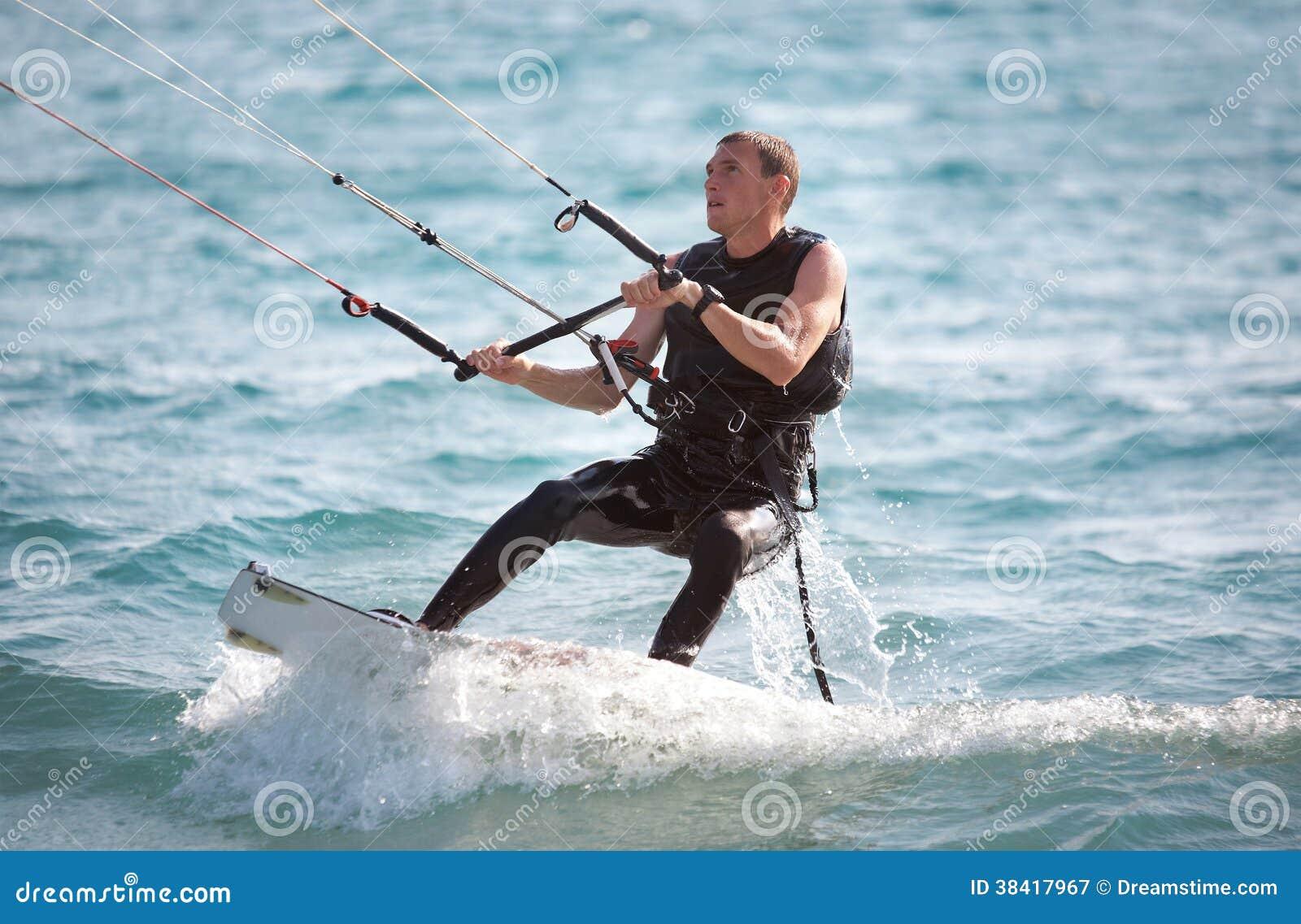 风筝冲浪者