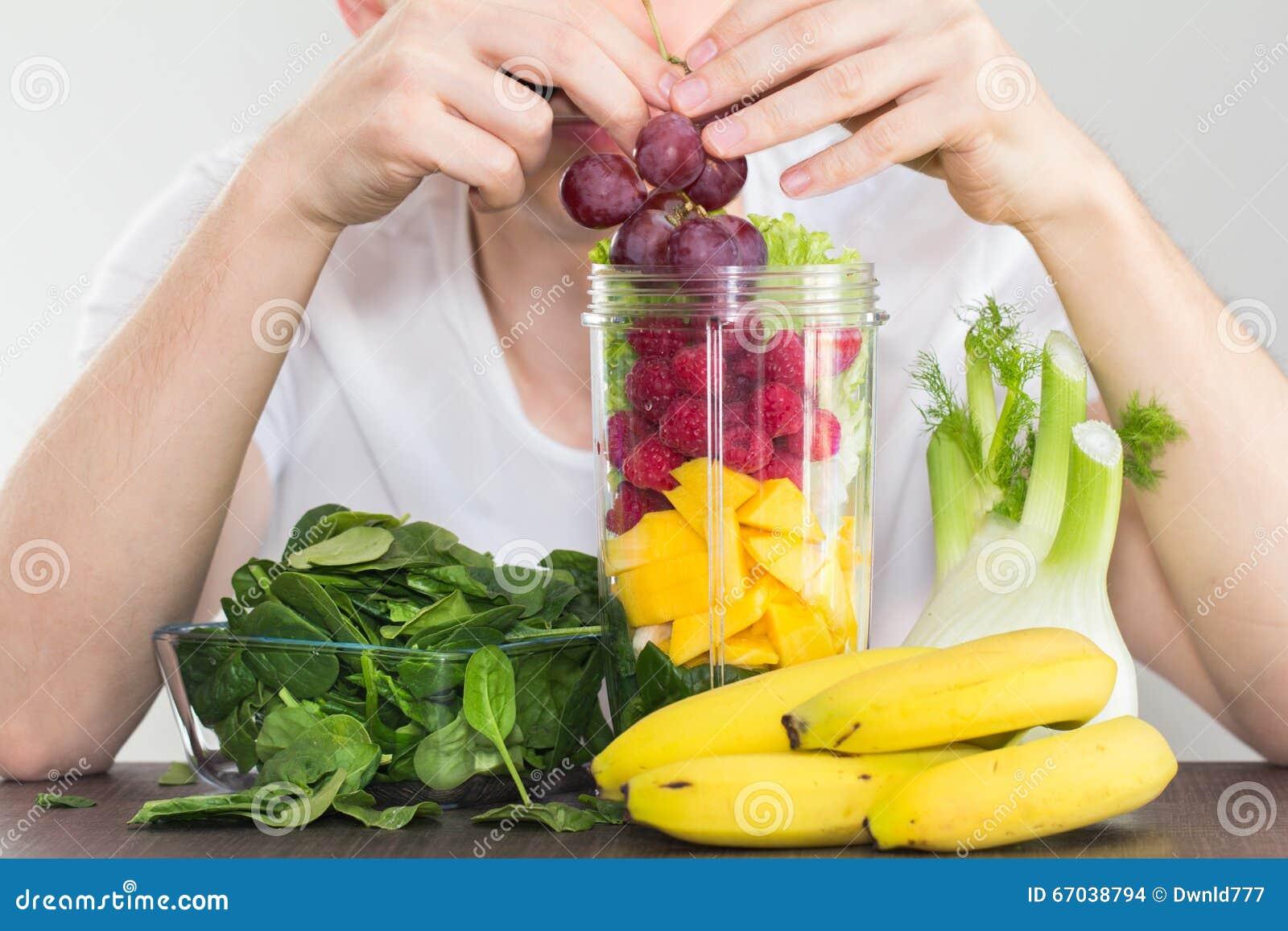 食人的水果和蔬菜健康吃概念