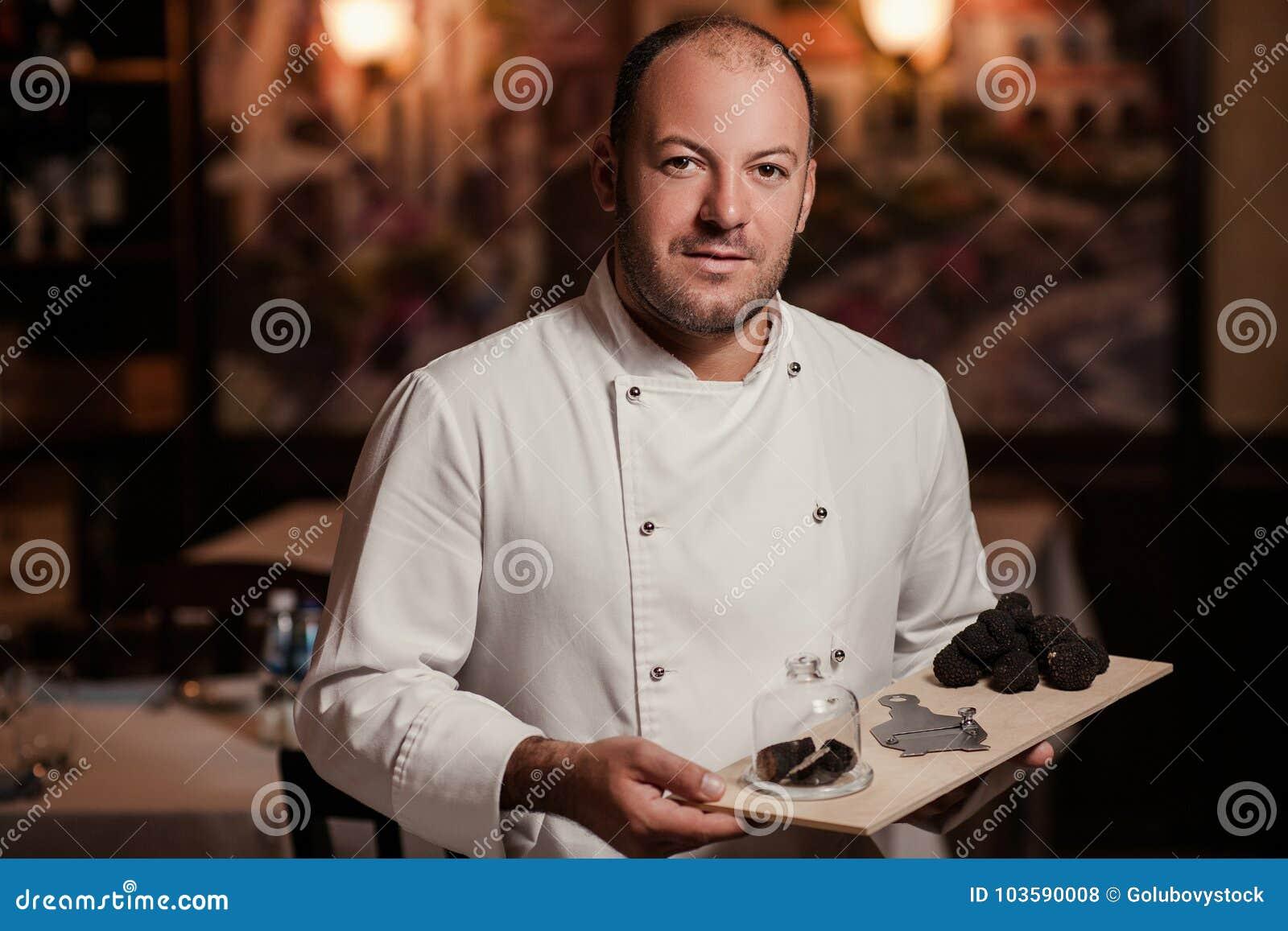 餐馆厨师纤巧 块菌食物蘑菇