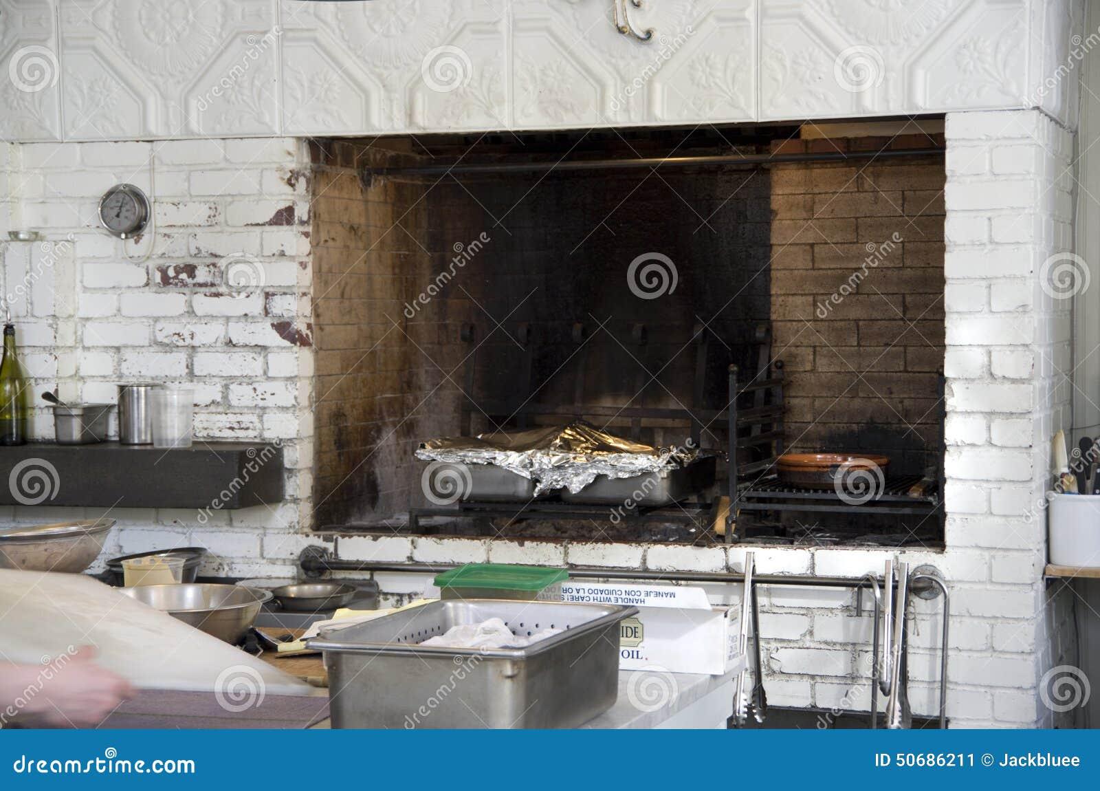 Download 餐馆厨房砖被烘烤的烤箱 库存图片. 图片 包括有 细菌学, 有阳台, 大使, 餐馆, 火炉, 不列塔尼的 - 50686211