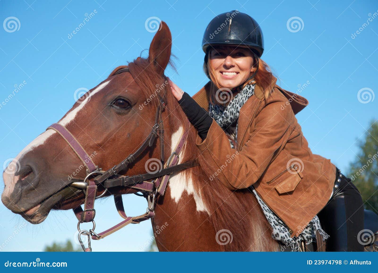 马骑术妇女