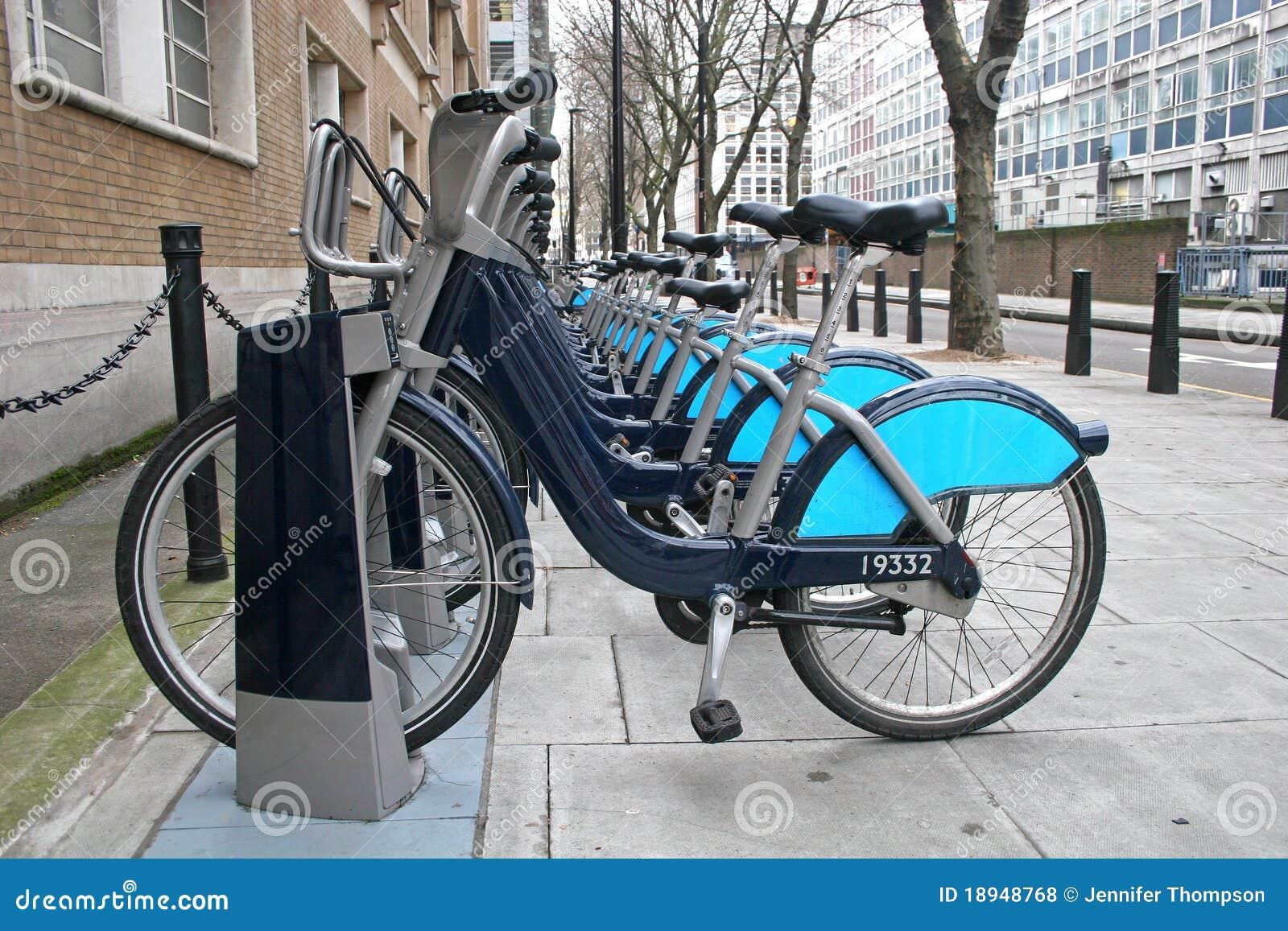 骑自行车伦敦