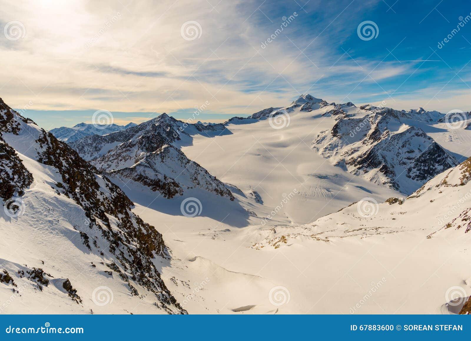 高涨路径在朱利安阿尔卑斯