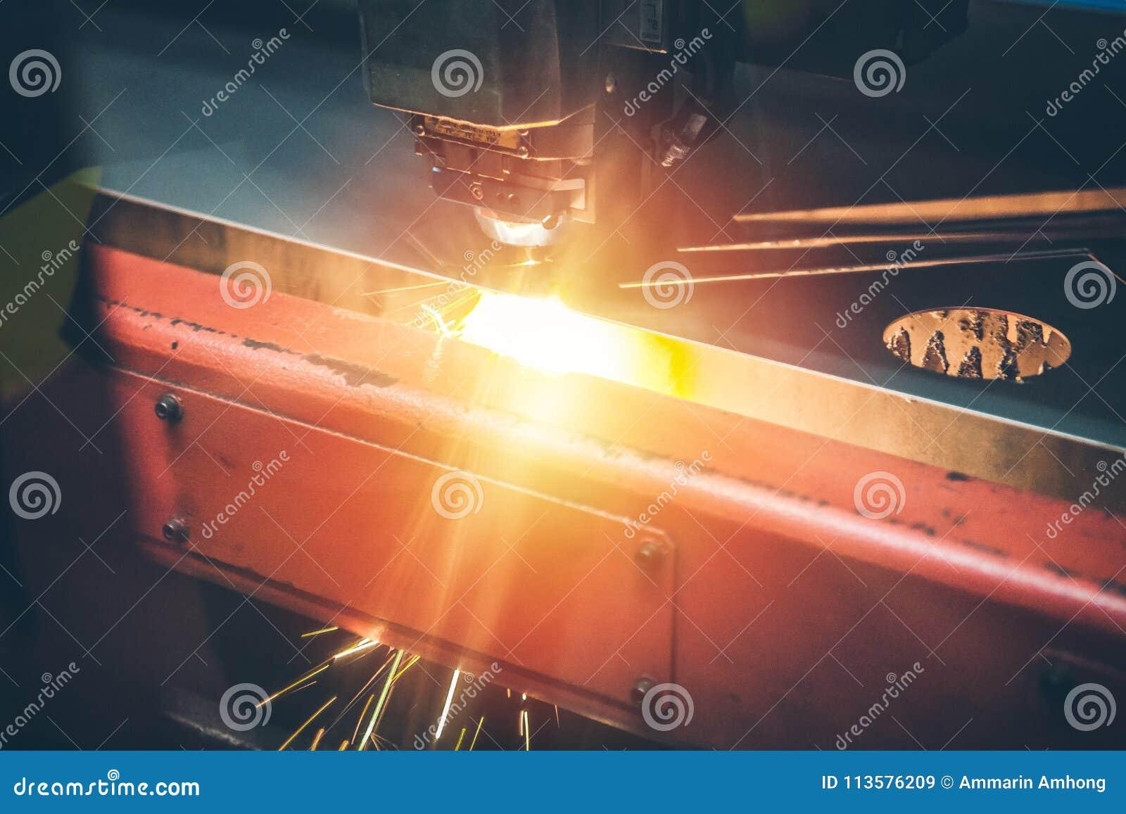 高精度CNC气割金属板